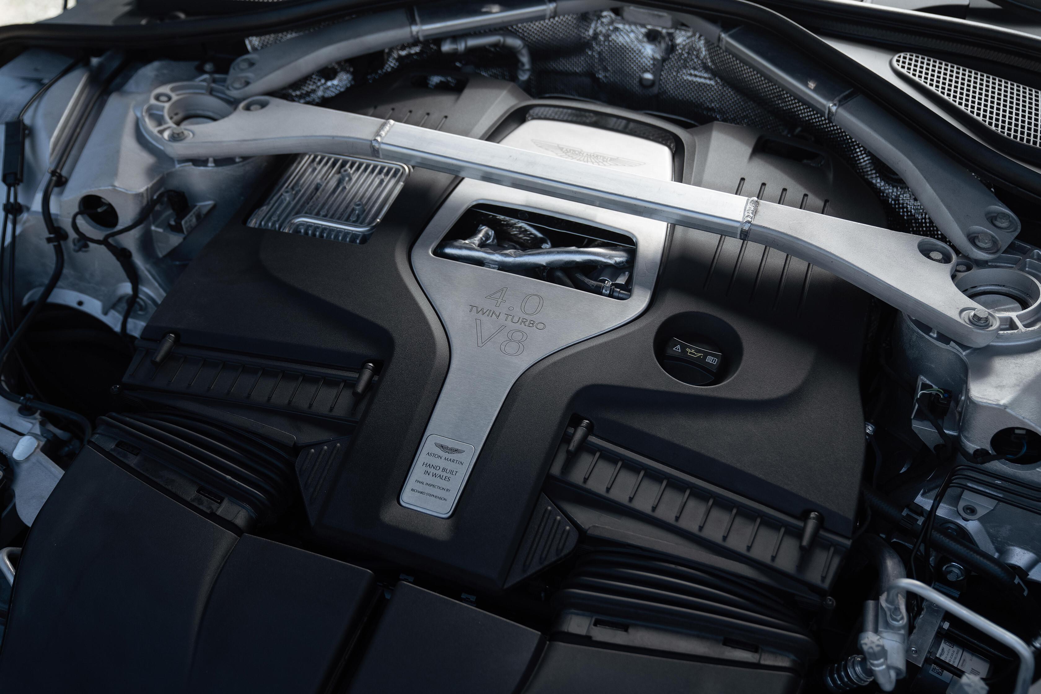 Wheels Reviews 2021 Aston Martin DBX Engine