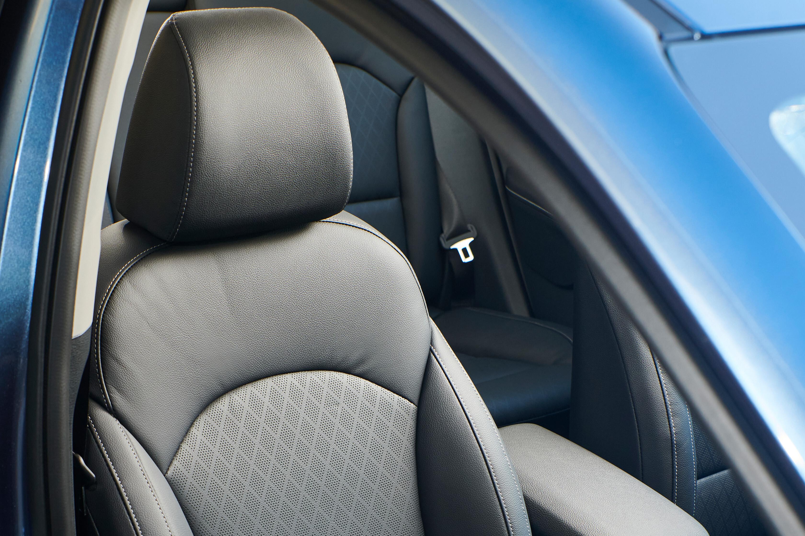 Which Car Car Reviews 2022 Kia Cerato Sport Plus Facelift Seats