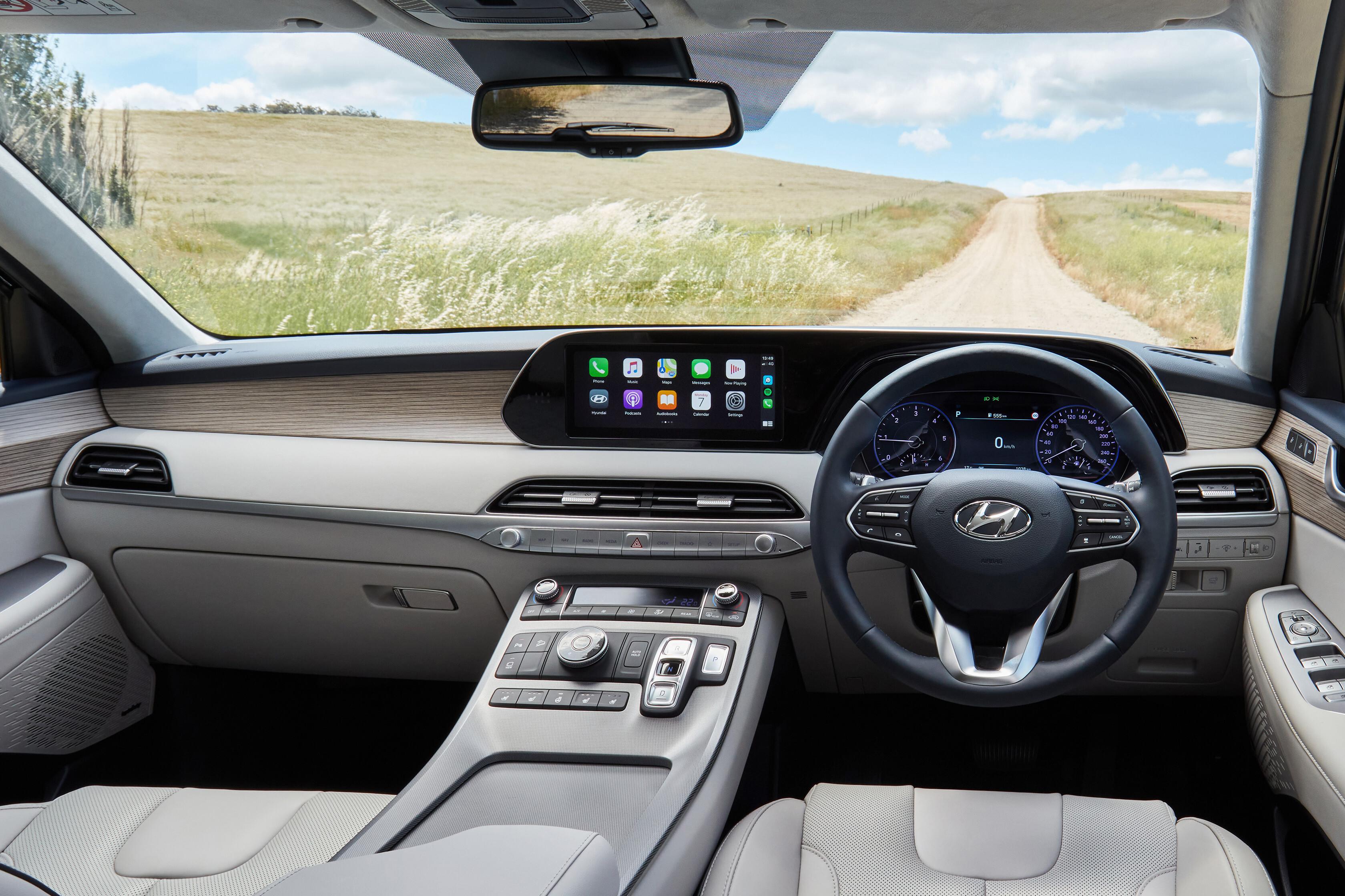 Wheels Reviews 2021 Hyundai Palisade Highlander Interior