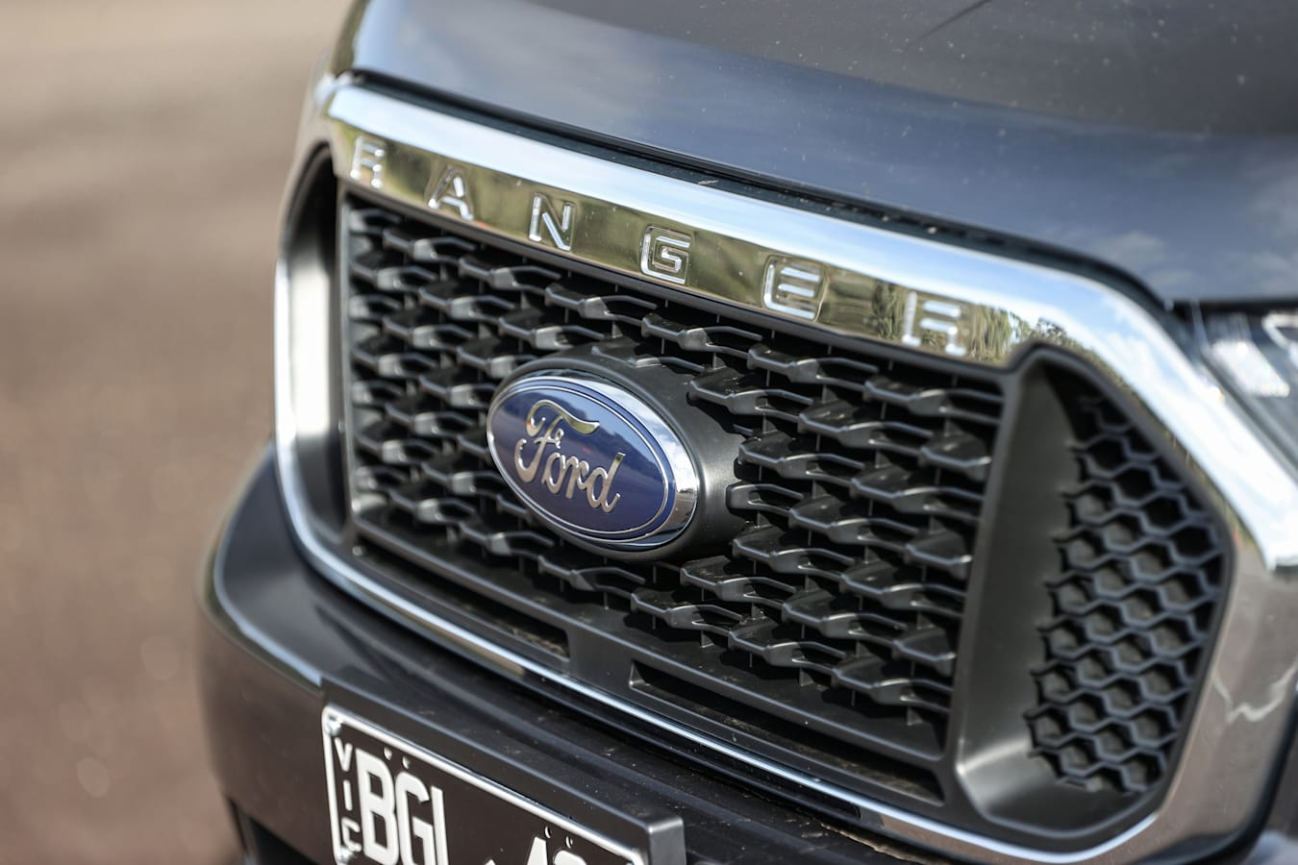 4 X 4 Australia Comparisons 2021 May 21 Ford Ranger XLT Badge Logo