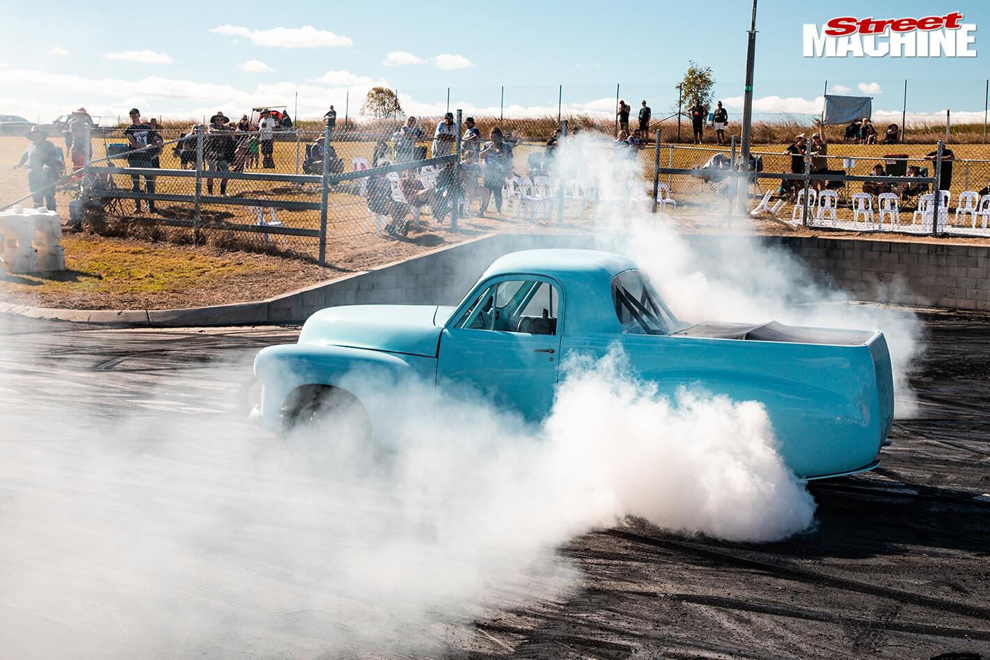 Street Machine Events Holden Fx Ute Northern Nats Burnout