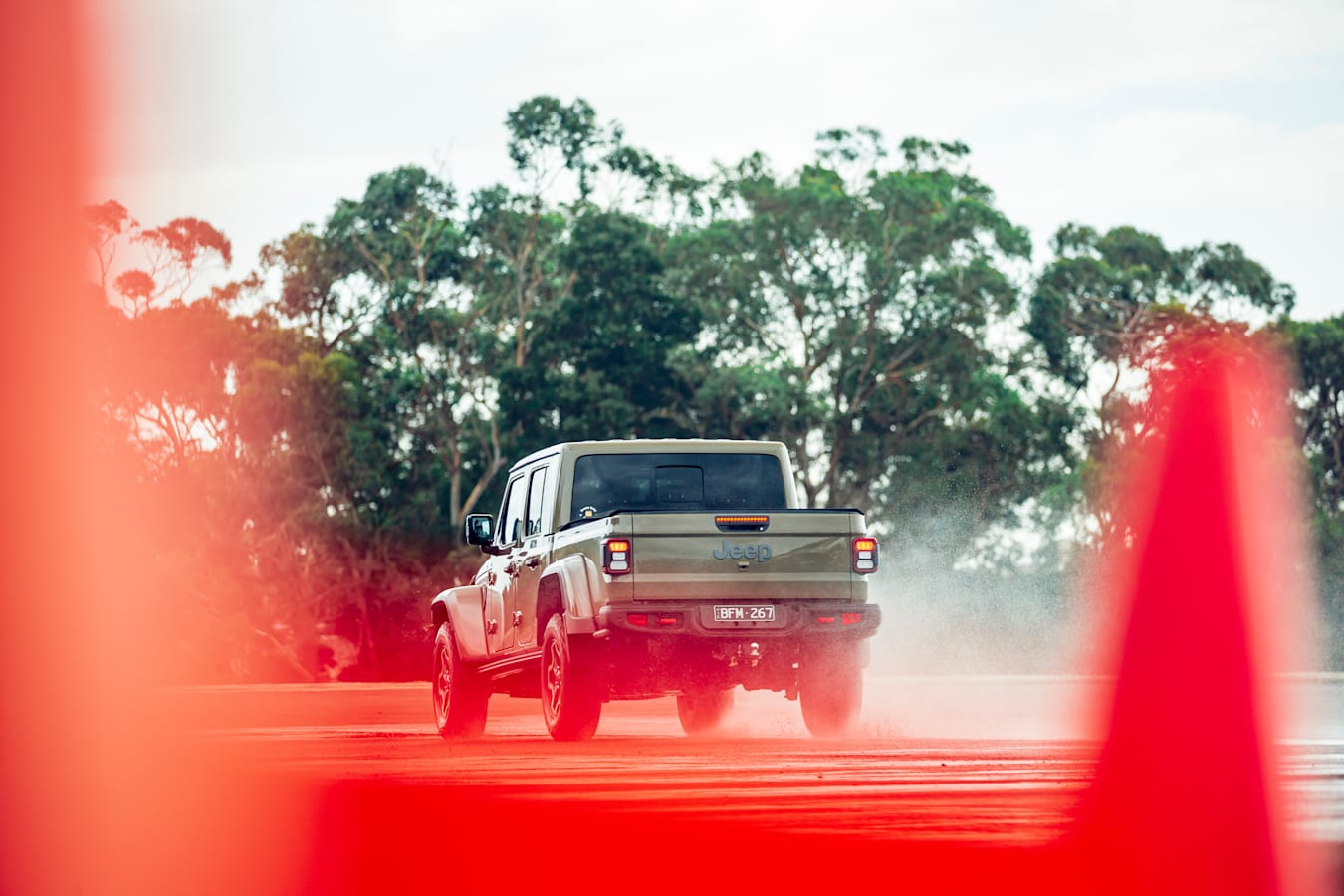 4 X 4 Australia Comparisons 2021 May 21 Jeep Gladiator Rubicon Braking Test