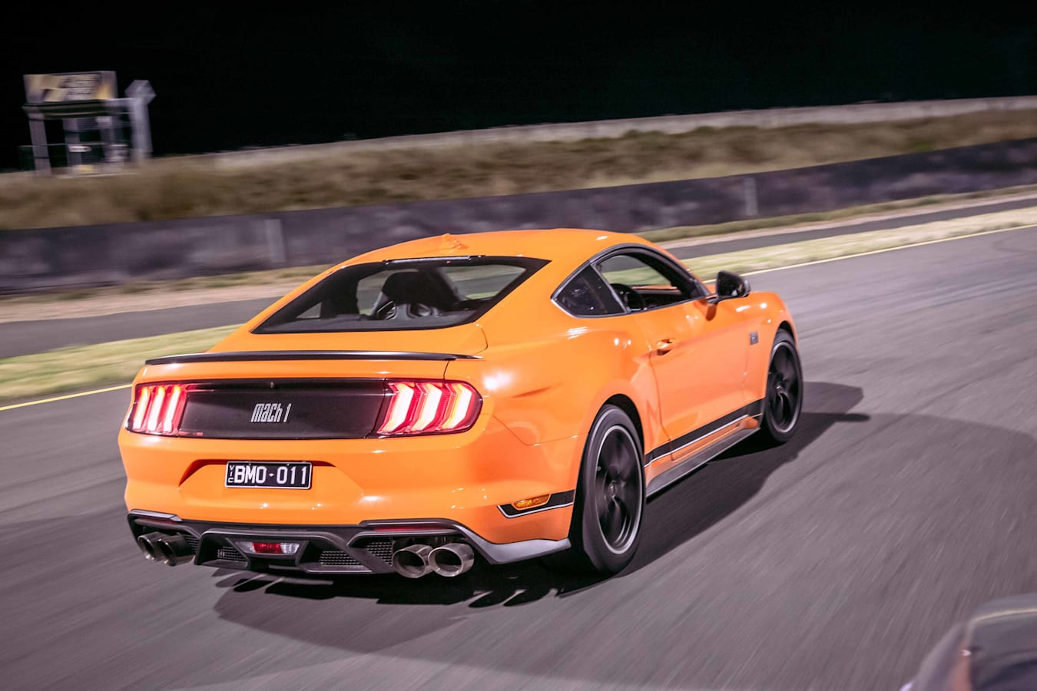 Motor Mustang Mach 1 30