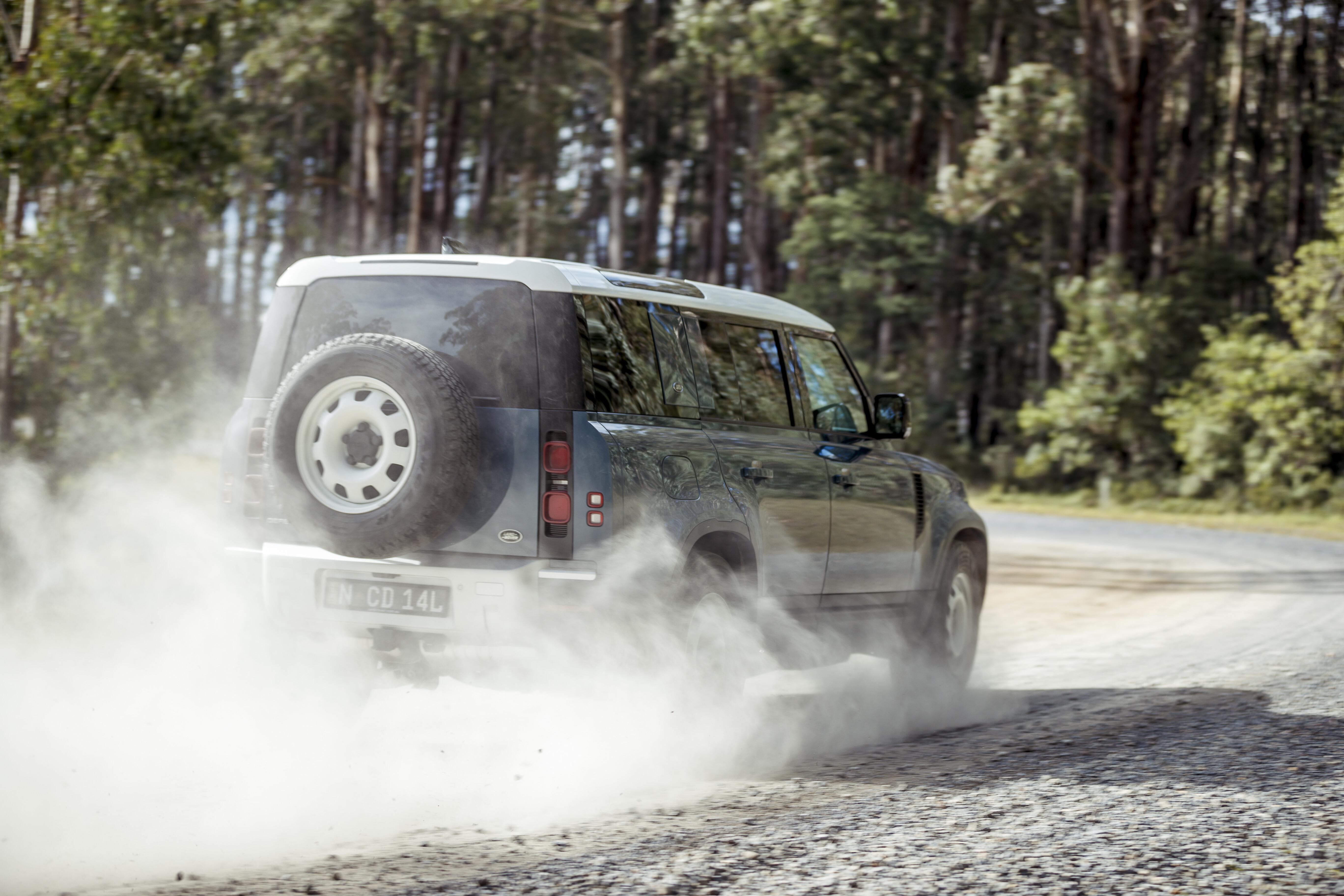 4 X 4 Australia Reviews 2021 June 2021 2021 Land Rover Defender 110 D 250 S 49