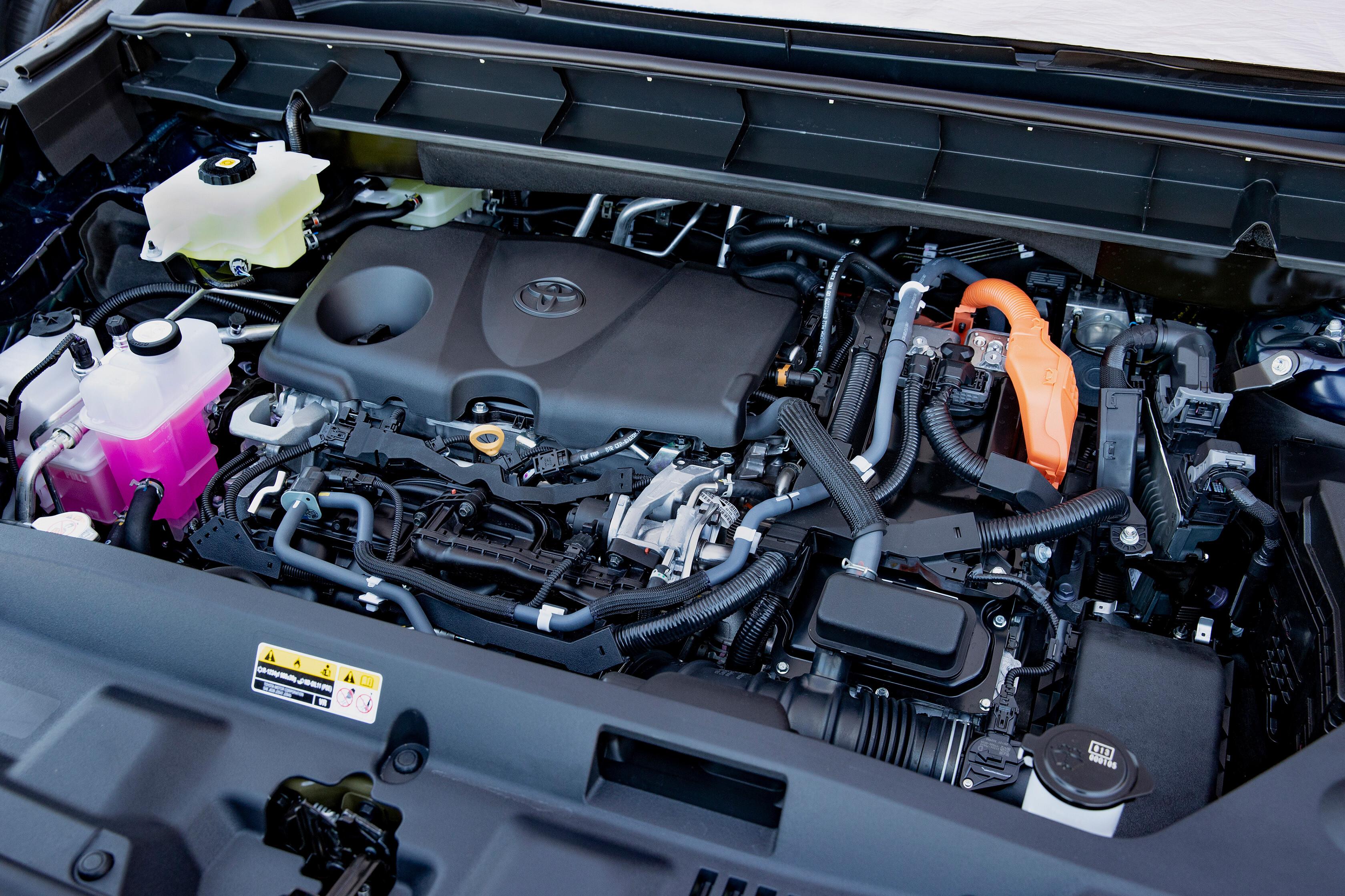 Wheels Reviews 2021 Toyota Kluger Hybrid Australian Model Engine
