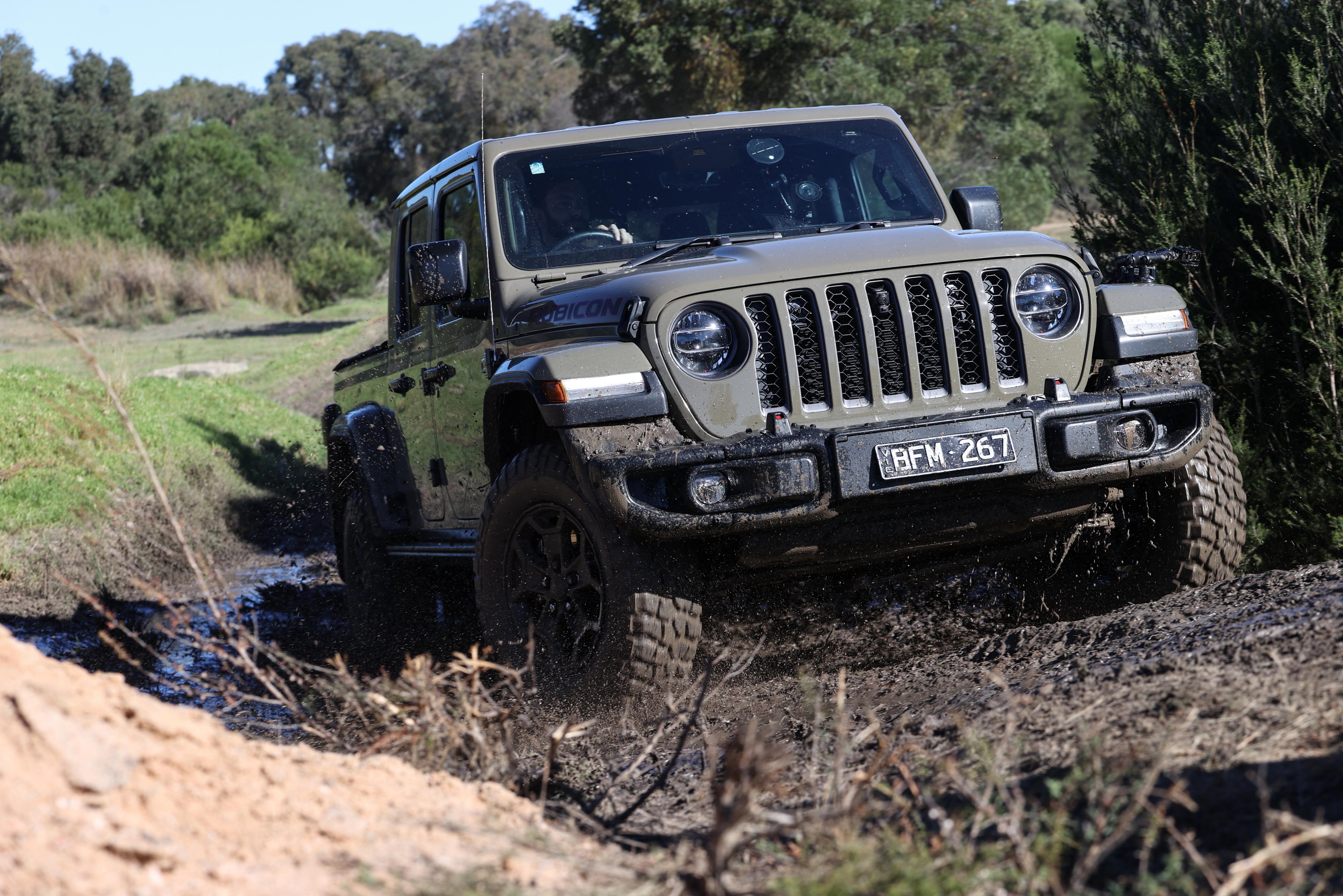 4 X 4 Australia Comparisons 2021 May 21 Jeep Gladiator Mud Driving