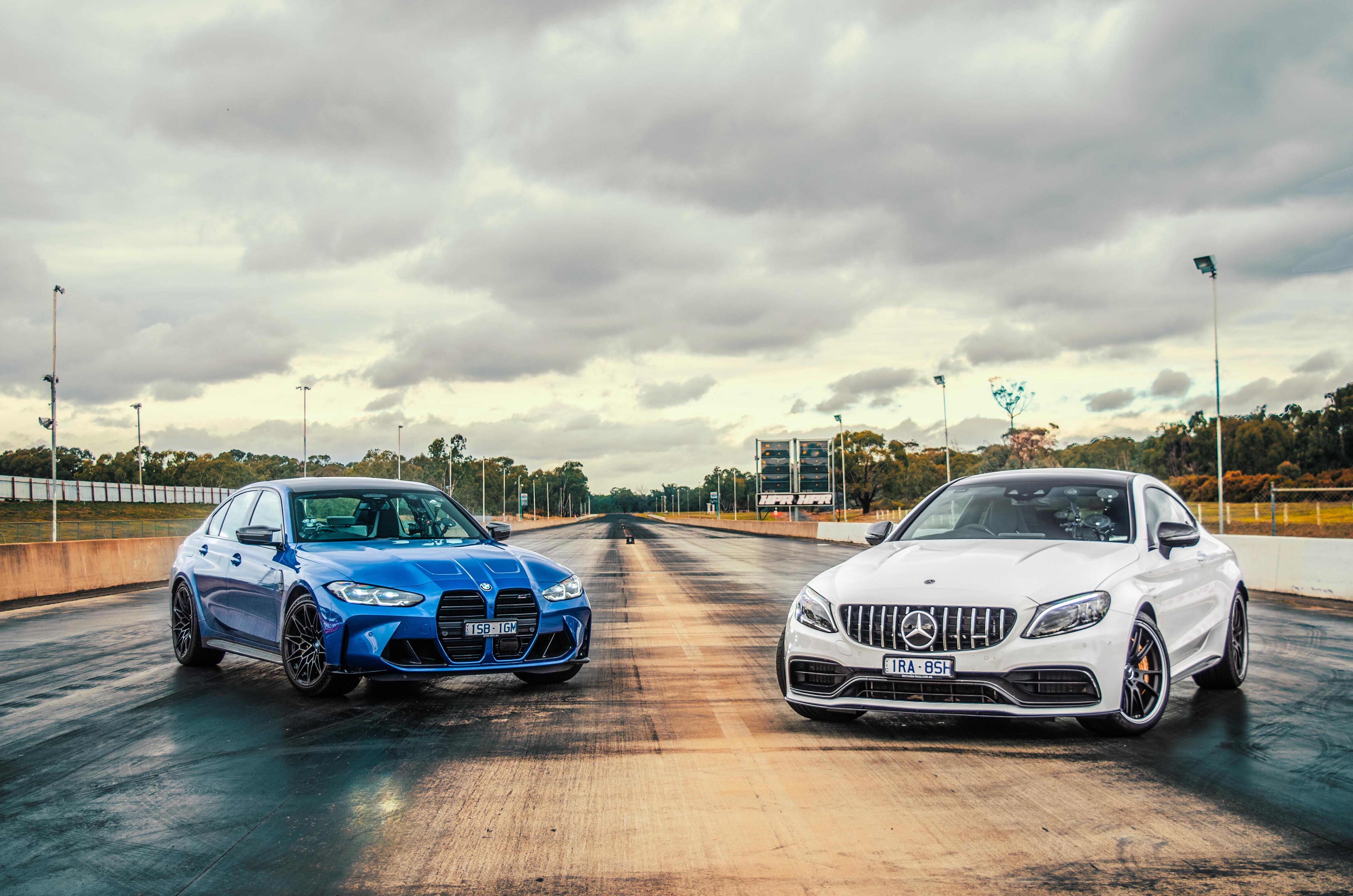 2021 BMW M3 Competition v Mercedes-AMG C63 S drag race