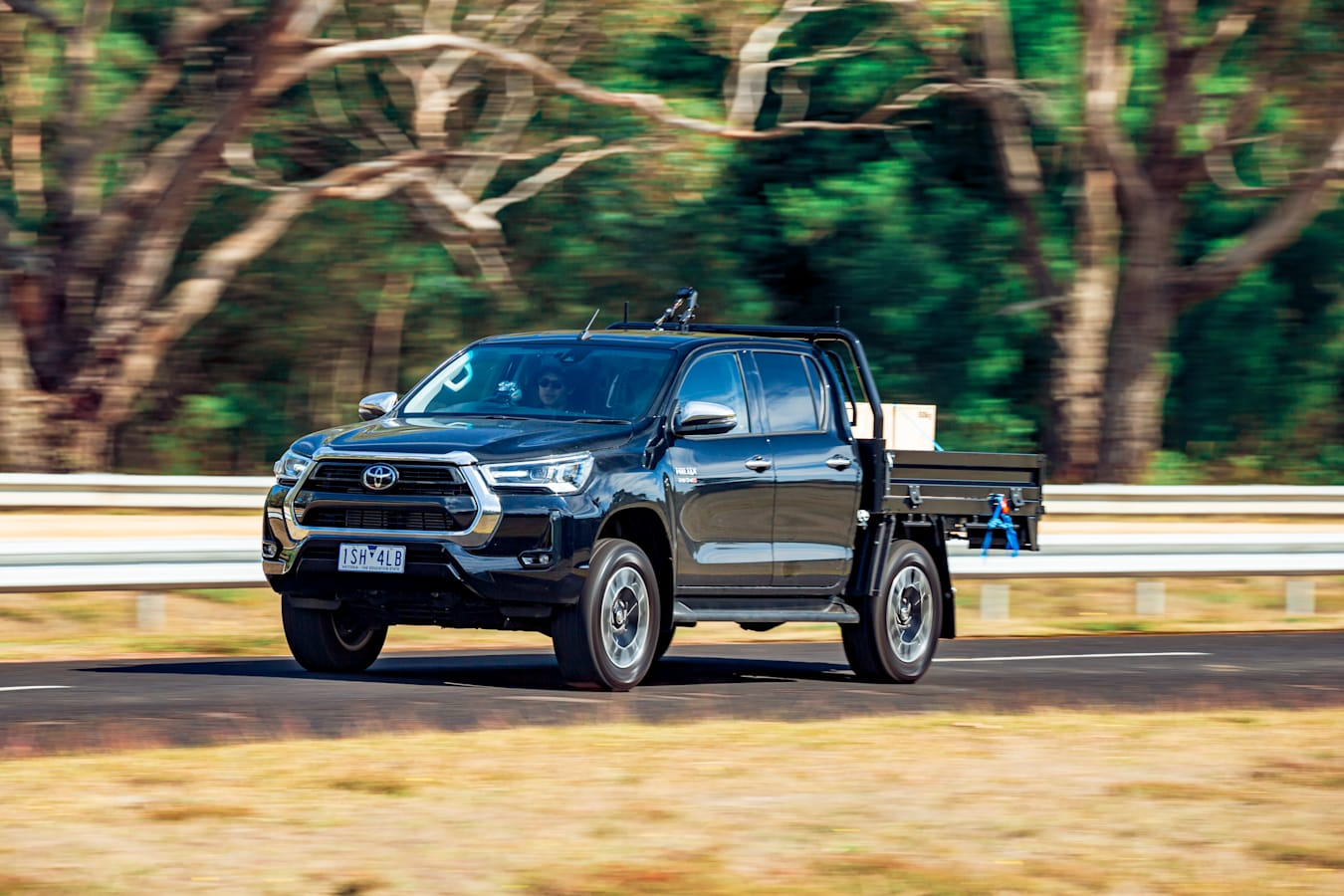 4 X 4 Australia Comparisons 2021 May 21 Toyota Hilux SR 5 On Road Review
