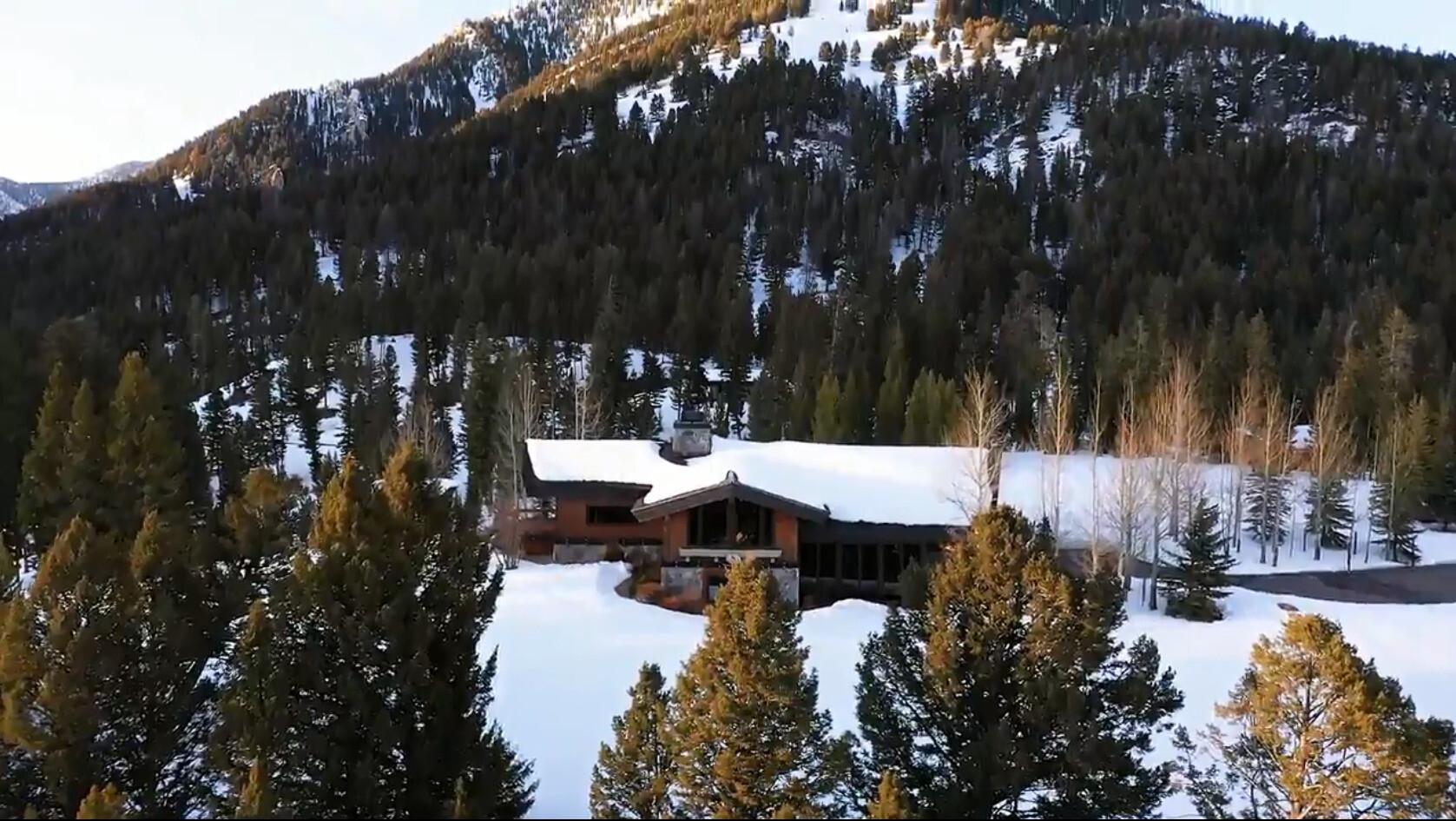 Montana mansion