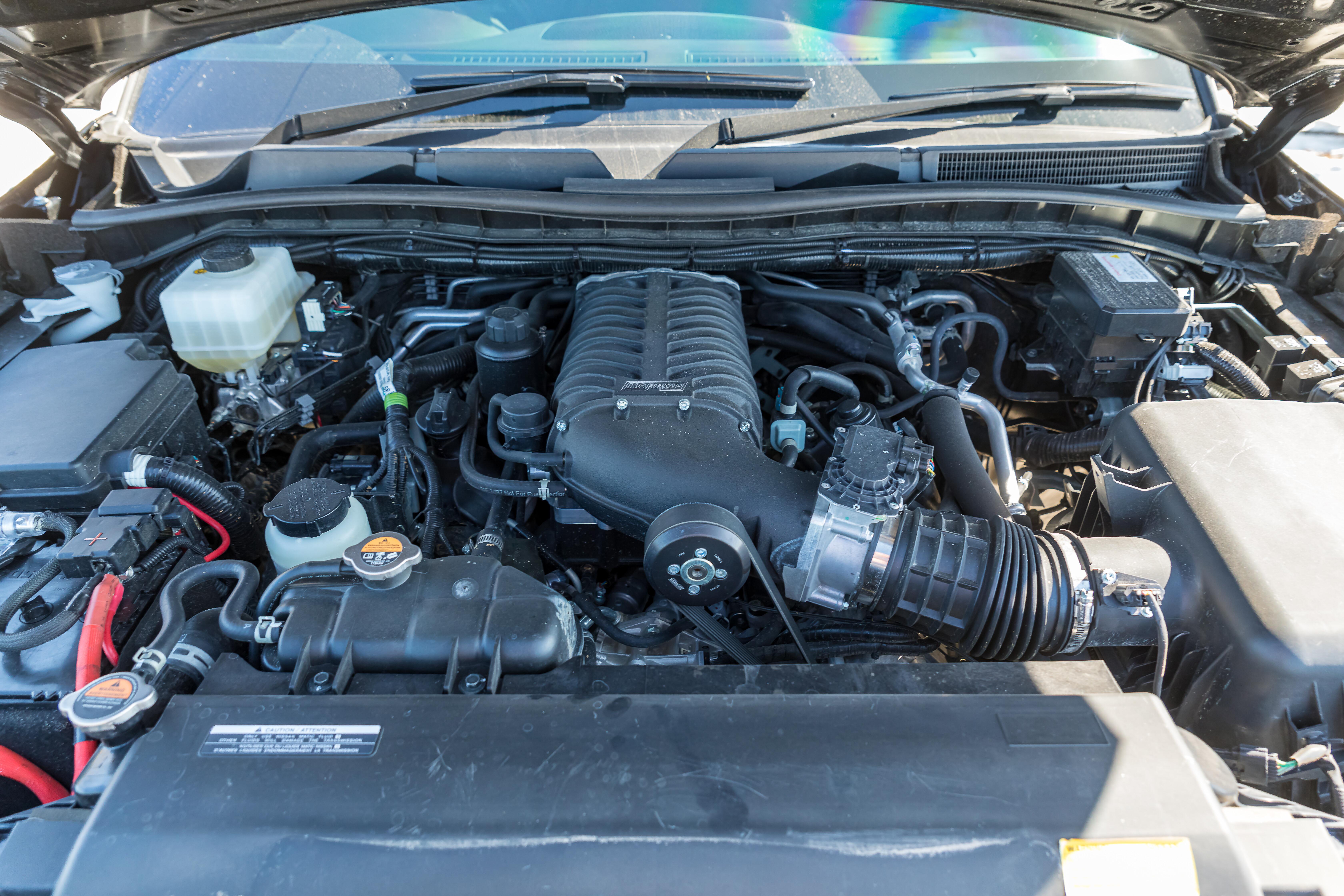 4 X 4 Australia Reviews 2021 September 2021 Custom Nissan Y 62 Patrol Engine Bay