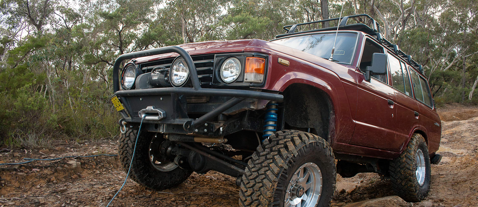 4x4 winch recovery