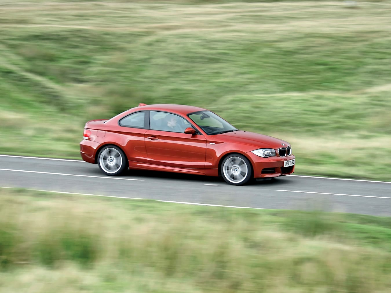 Motor Features Bmw 135 I Coupe 89