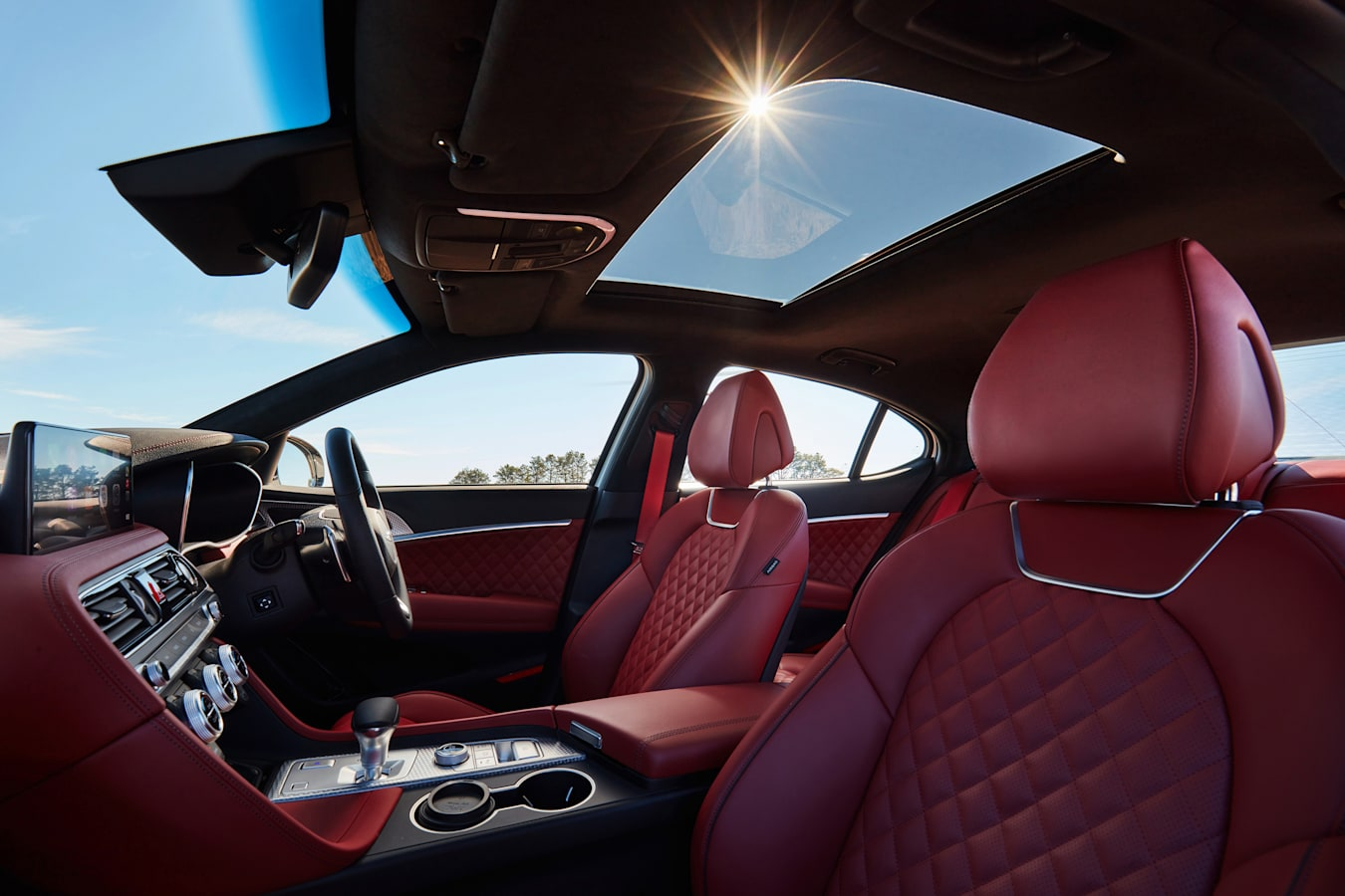 Wheels Reviews 2021 Genesis G 70 Front Seats