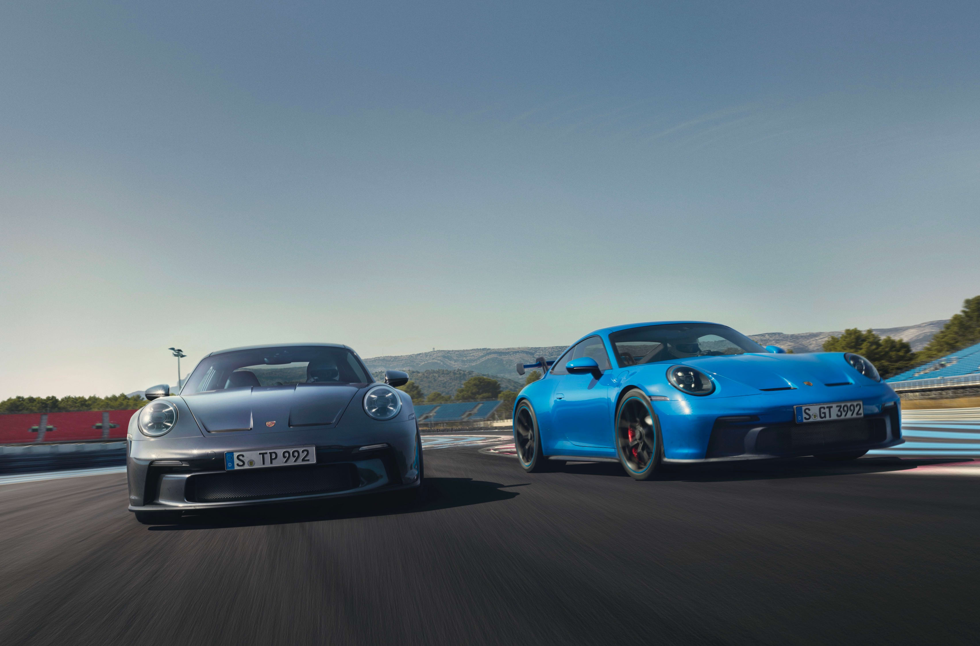 911 GT3 and Touring