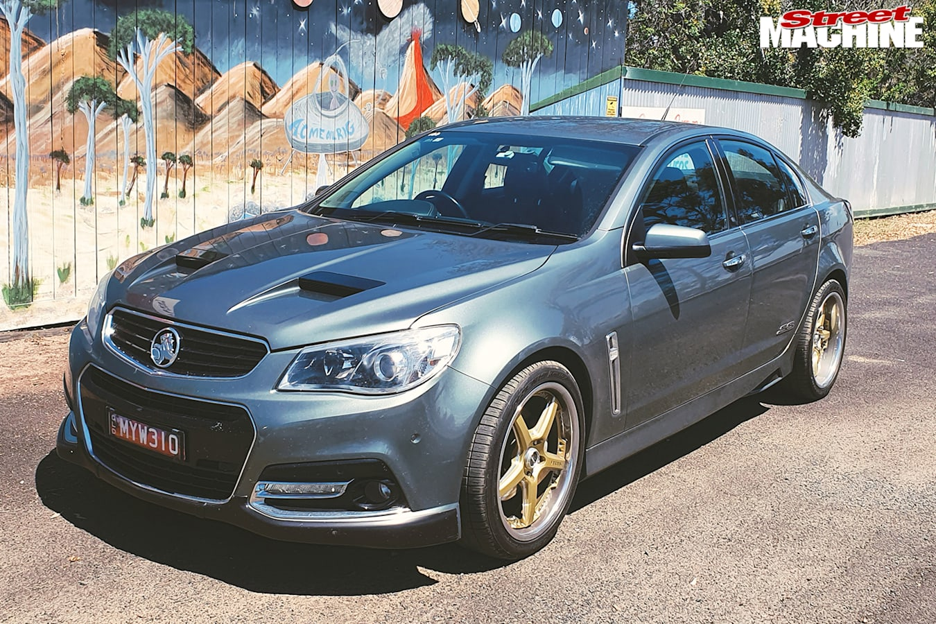 Street Machine Features Holden Vf Commodore Front