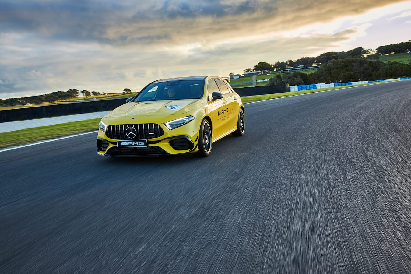 Motor Features Mercedes AMG A 45 S Phillip Island 1