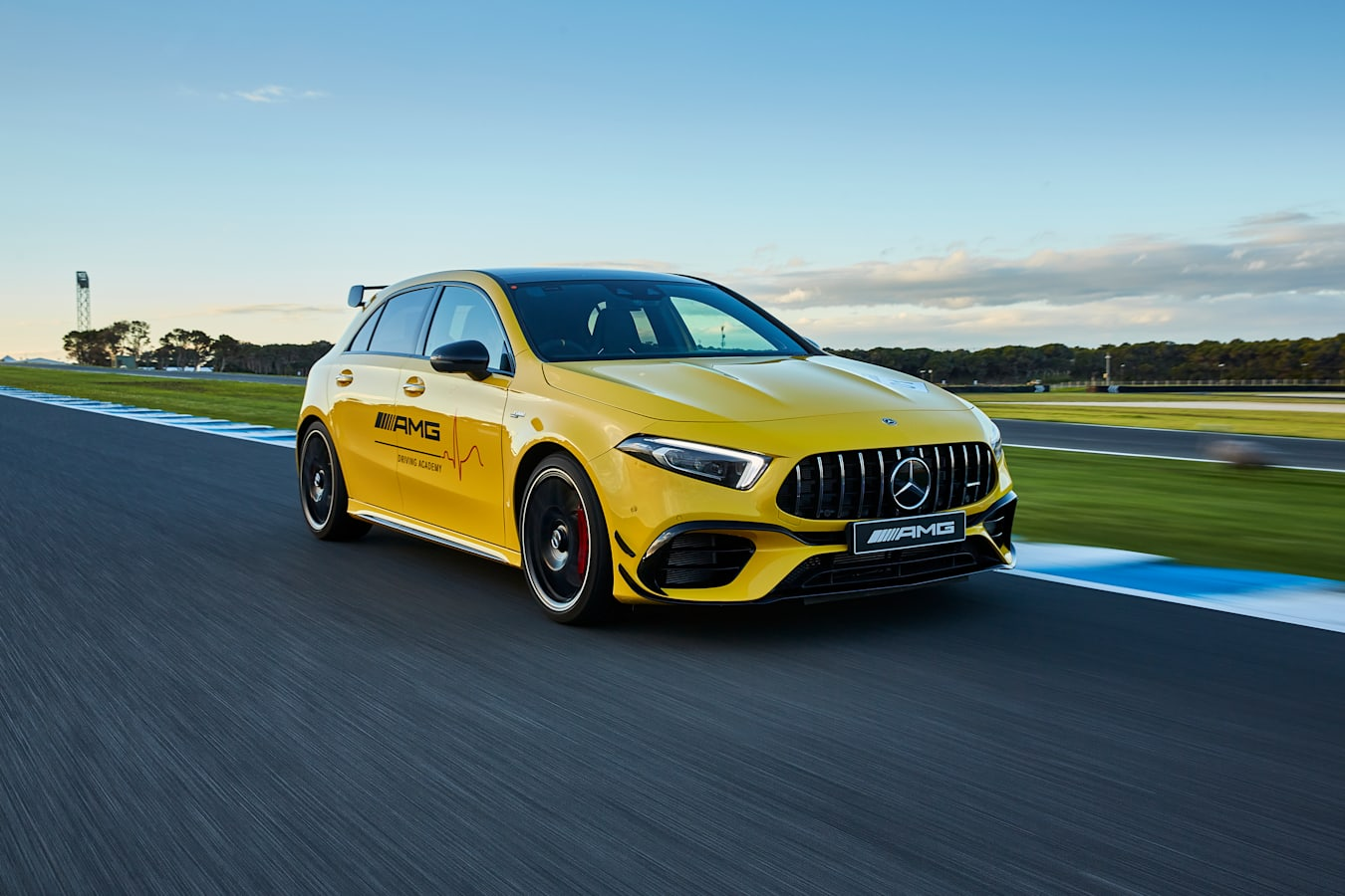 Motor Features Mercedes AMG A 45 S Phillip Island 2
