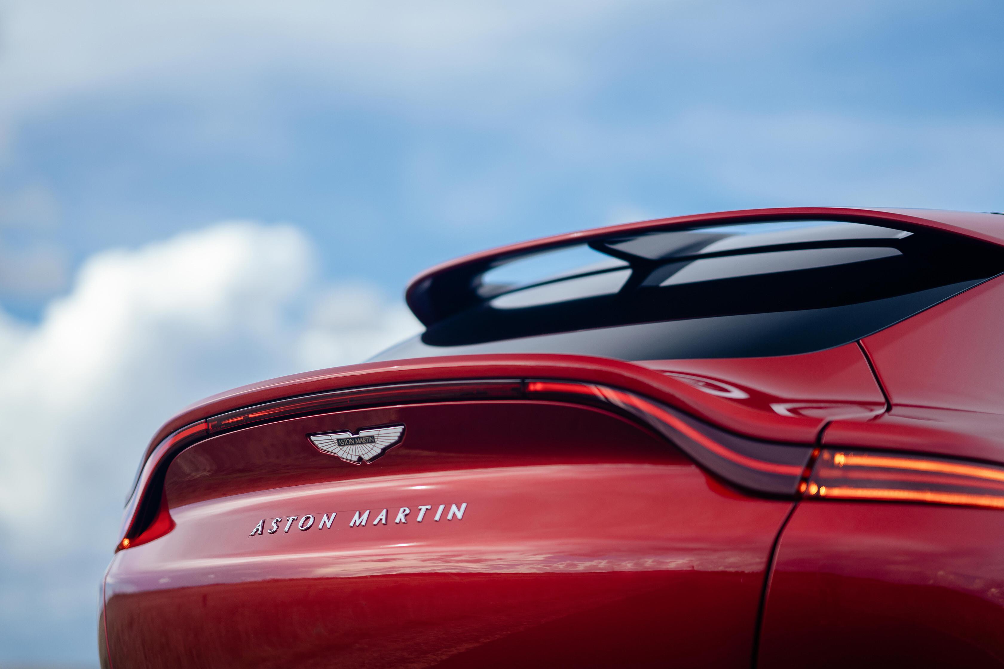 Wheels Reviews 2021 Aston Martin DBX Ducktail