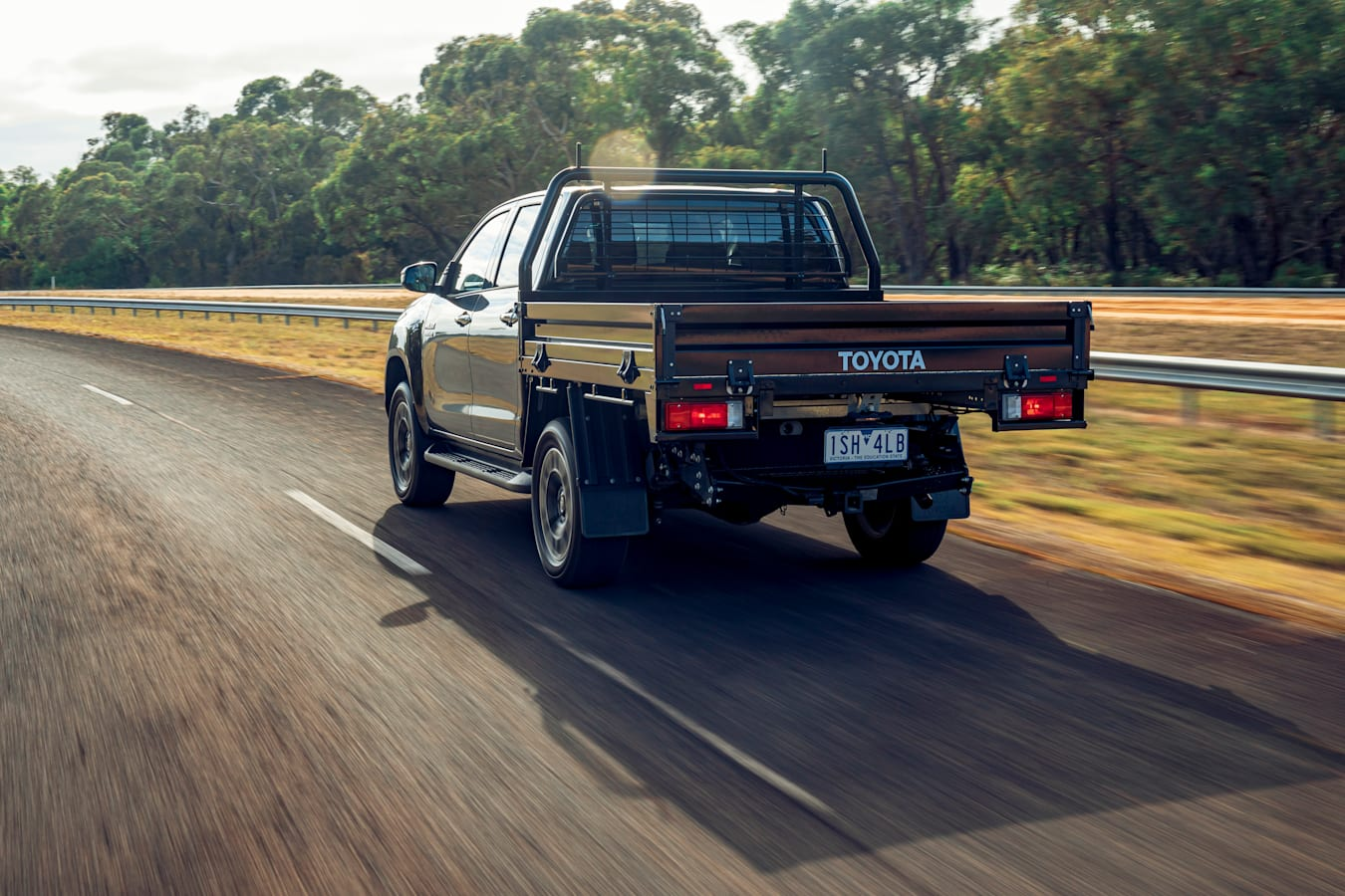 4 X 4 Australia Comparisons 2021 May 21 Toyota Hilux SR 5 Drive Review