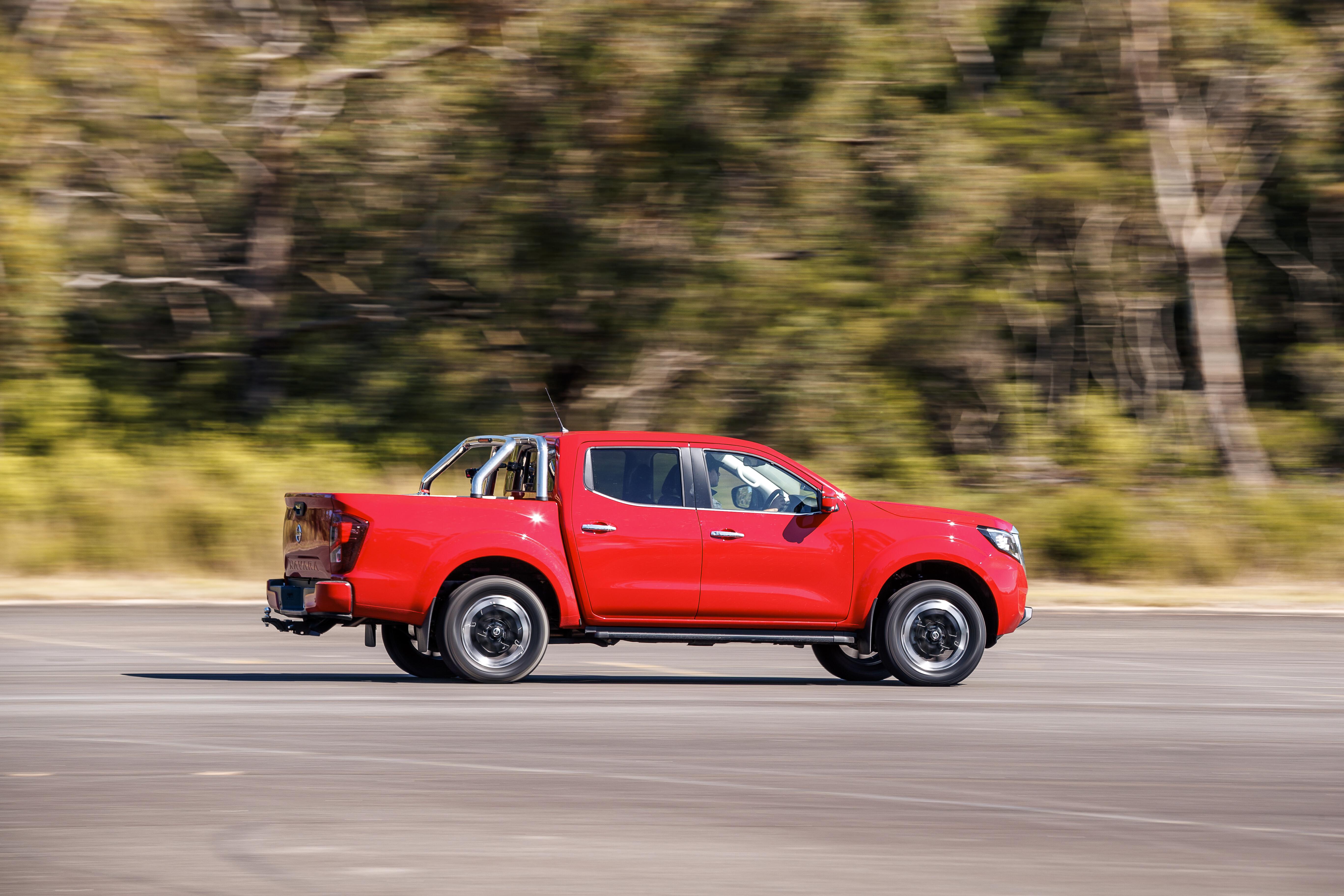 4 X 4 Australia Comparisons 2021 May 21 Nissan Navara ST X Performance