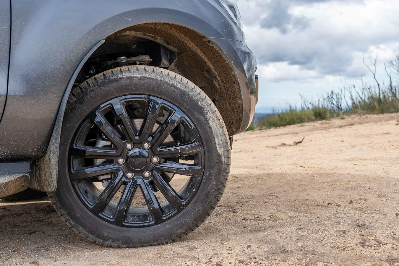 4 X 4 Australia Reviews 2021 June 2021 Ford Everest Sport Wheel And Tyre