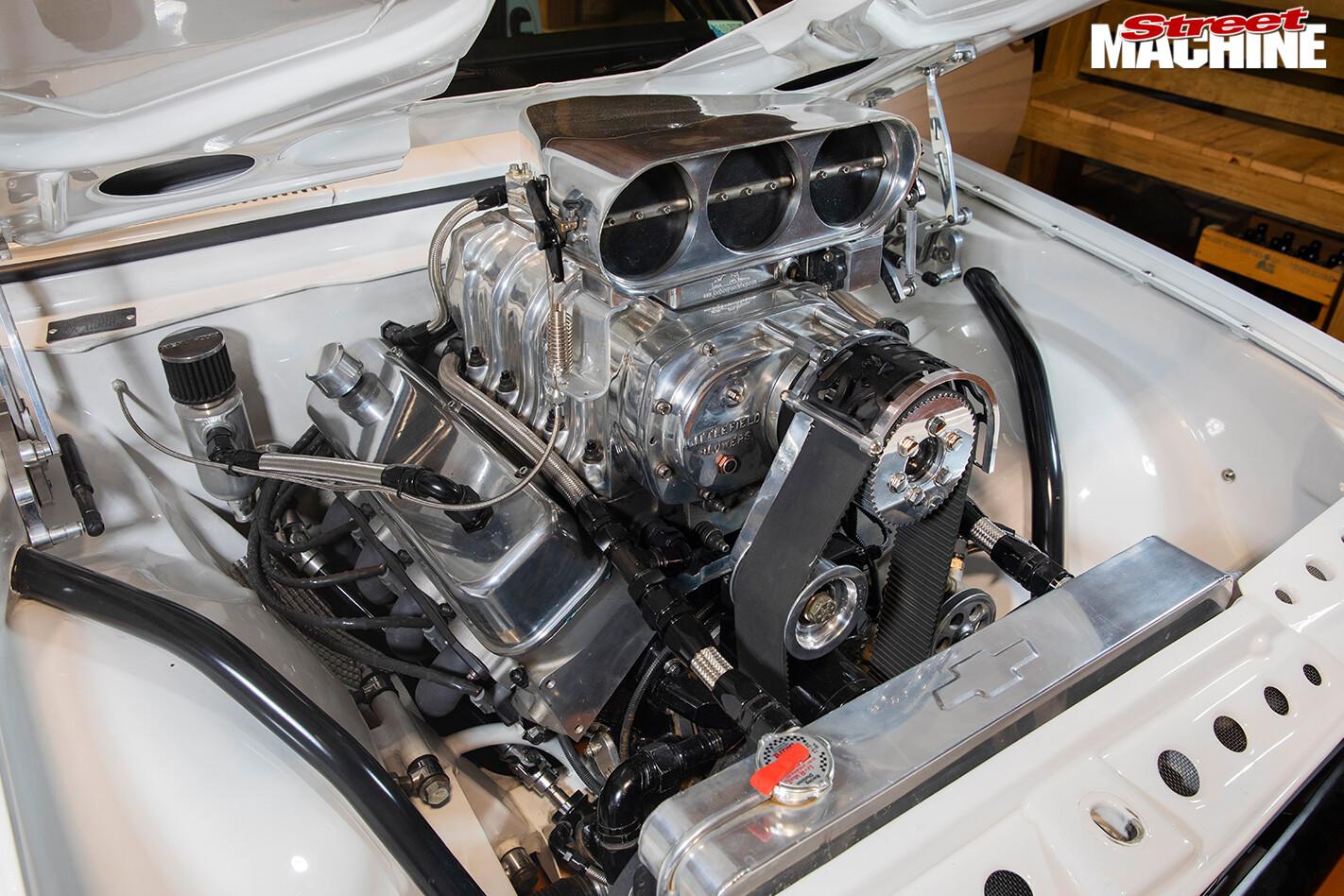 Street Machine Features Holden Ht Monaro Engine Bay
