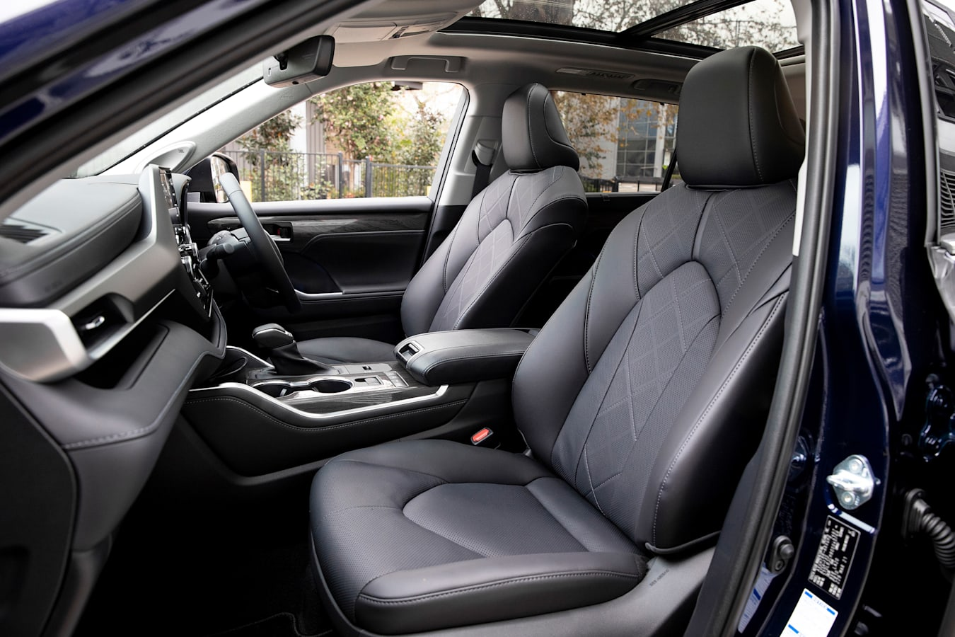 Wheels Reviews 2021 Toyota Kluger Hybrid Front Seats