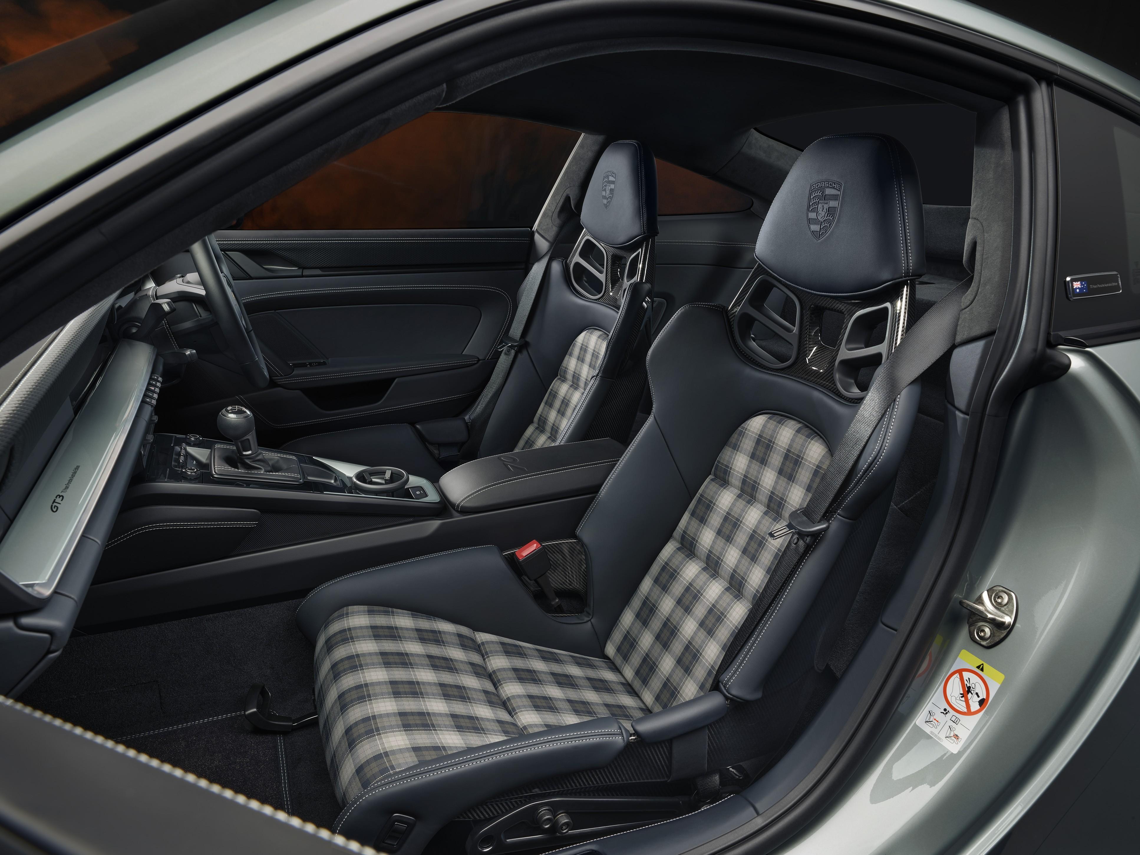 992 GT 3 Touring Australia Interior Edition 2