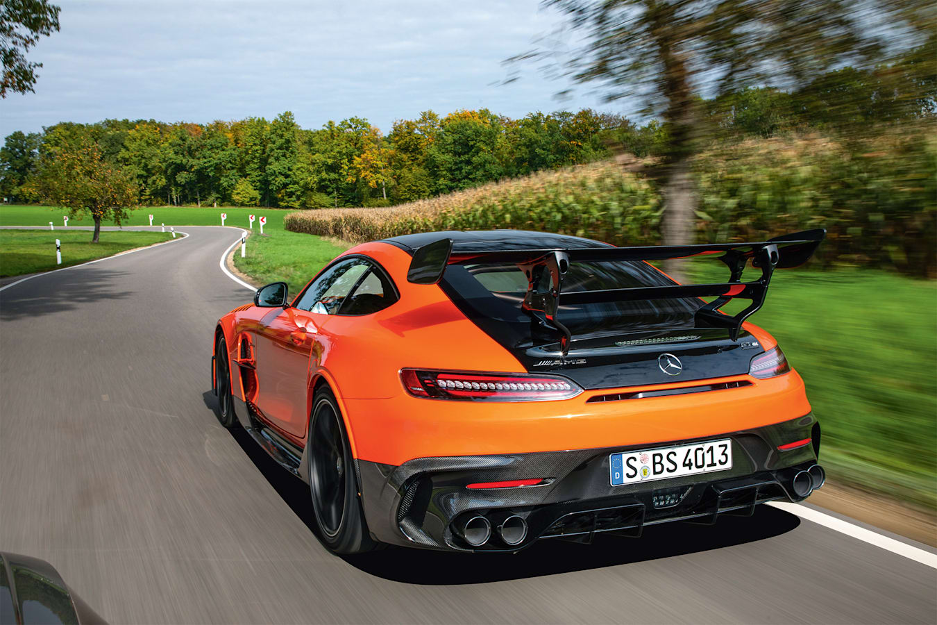 Motor Features AMG GT Black Series 041