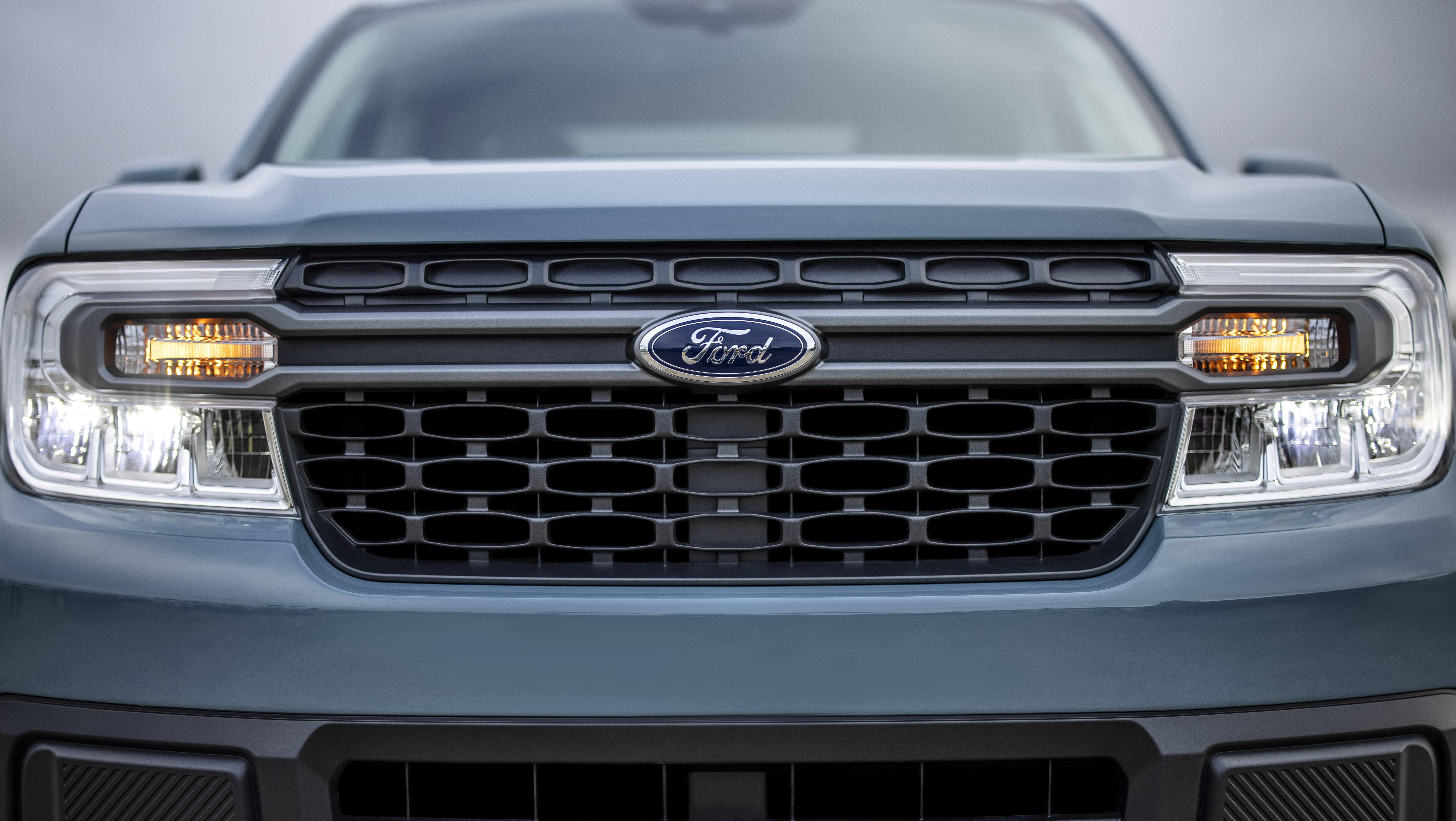 Ford Maverick Hybrid XLT 09
