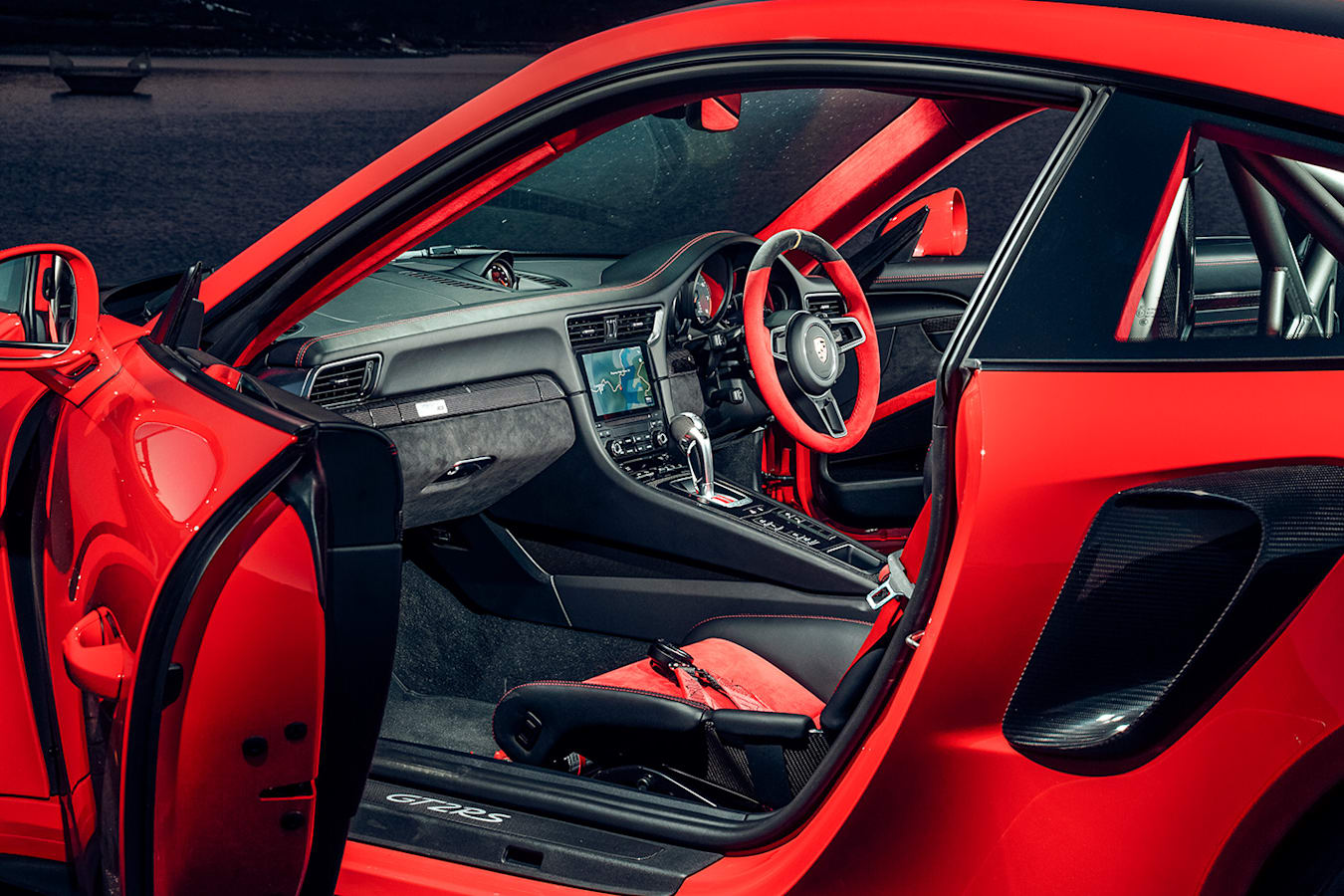 Porsche Gt 2 Rs Interior Jpg