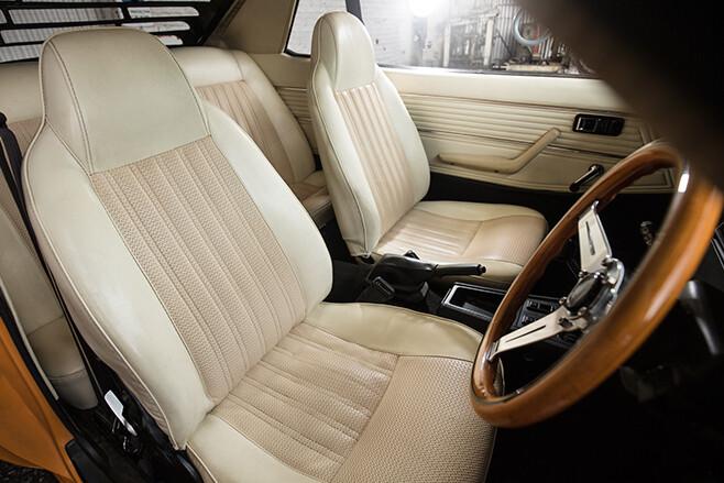 Toyota Celica front seats