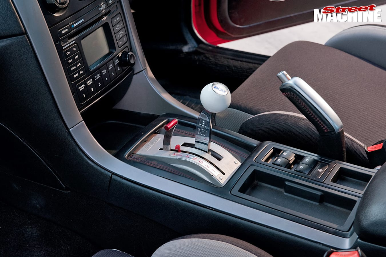 Holden VK Commodore shifter