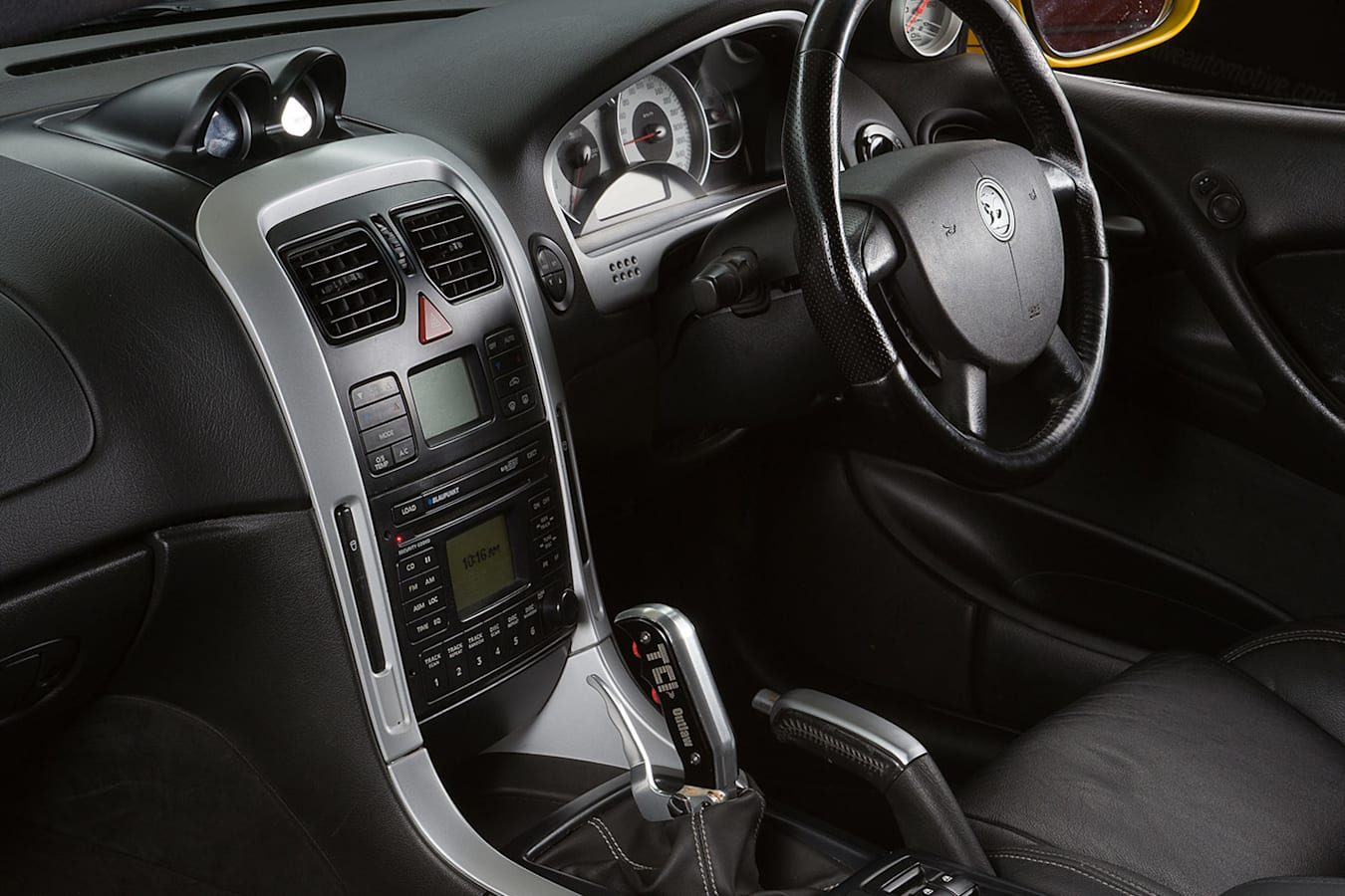 VZ HSV GTO interior