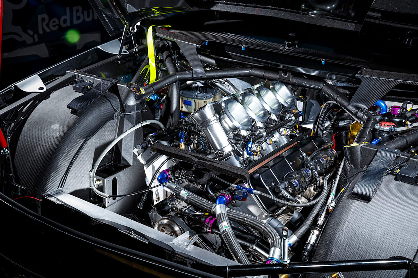 Holden Commodore Zb Supercar Engine Jpg