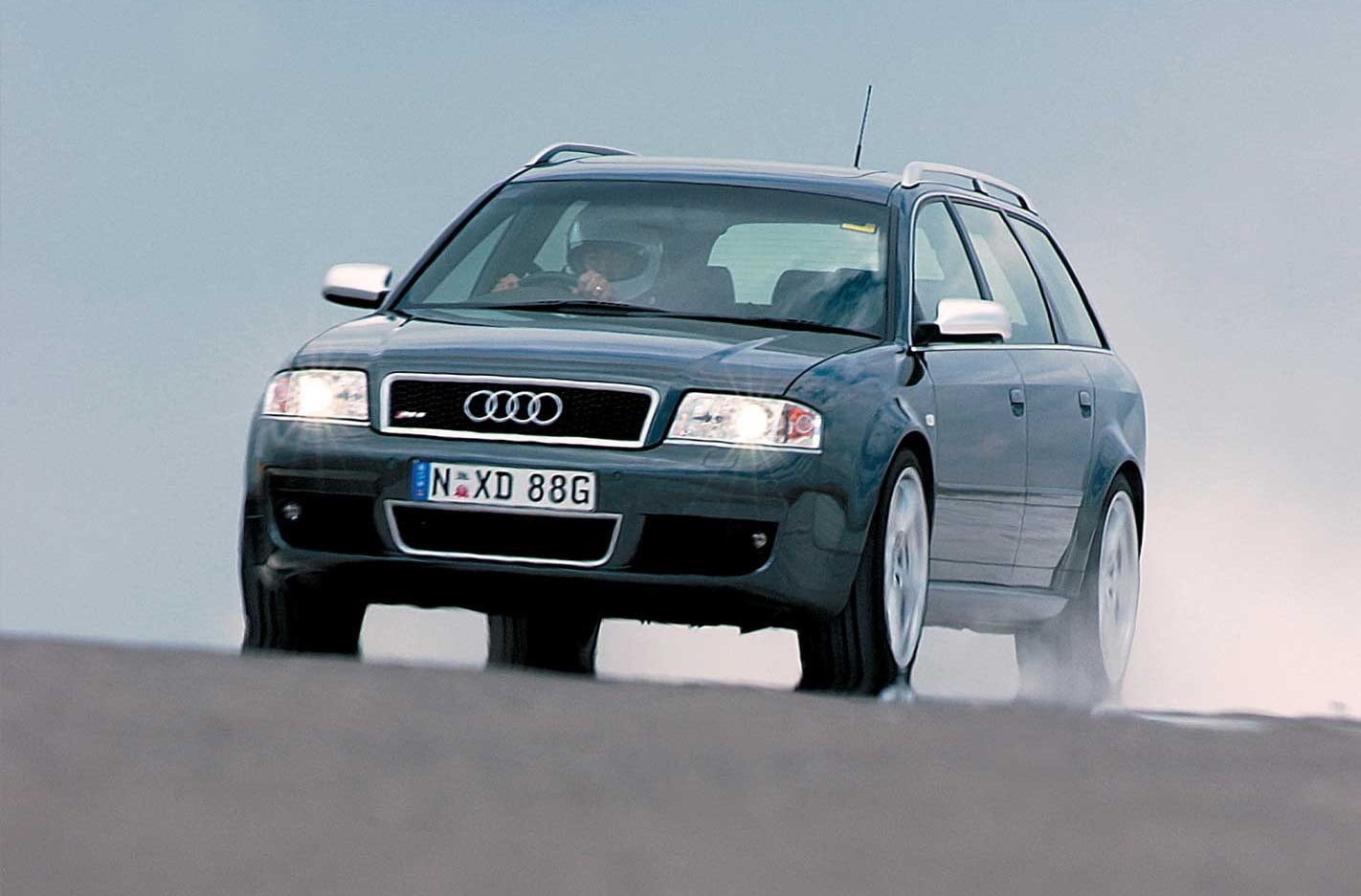 Performance Car of the Year 2004 3rd place Audi RS6 Avant