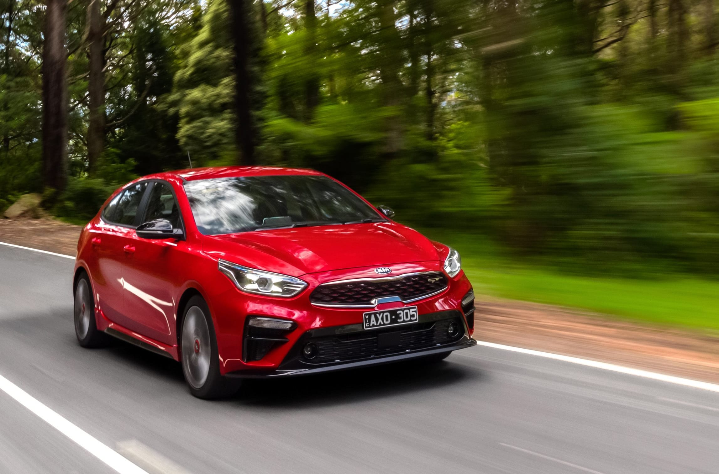 2019 KIA CERATO HATCH GT Front Side Action Jpg