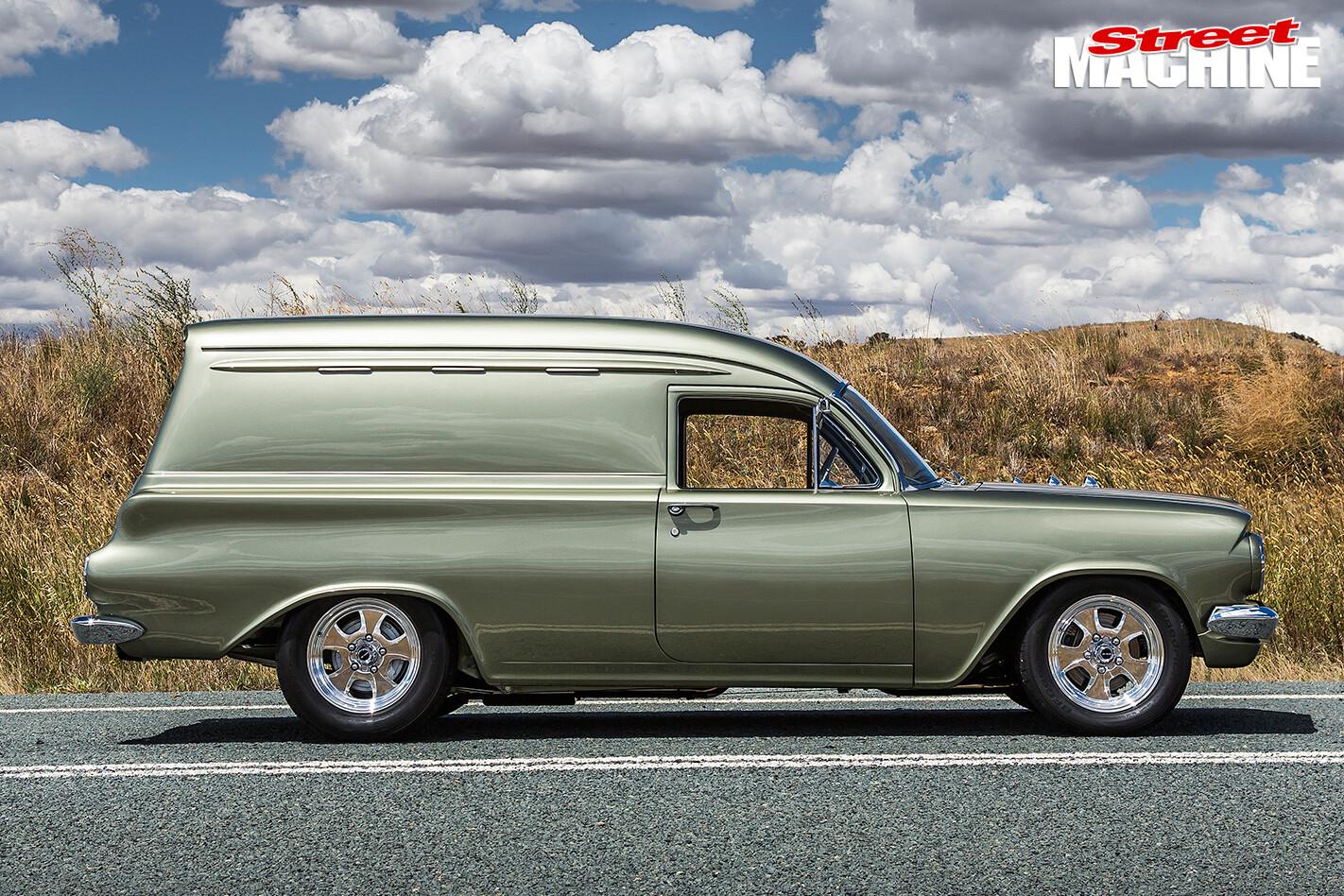 Holden -EH-Panel -Van -side -view