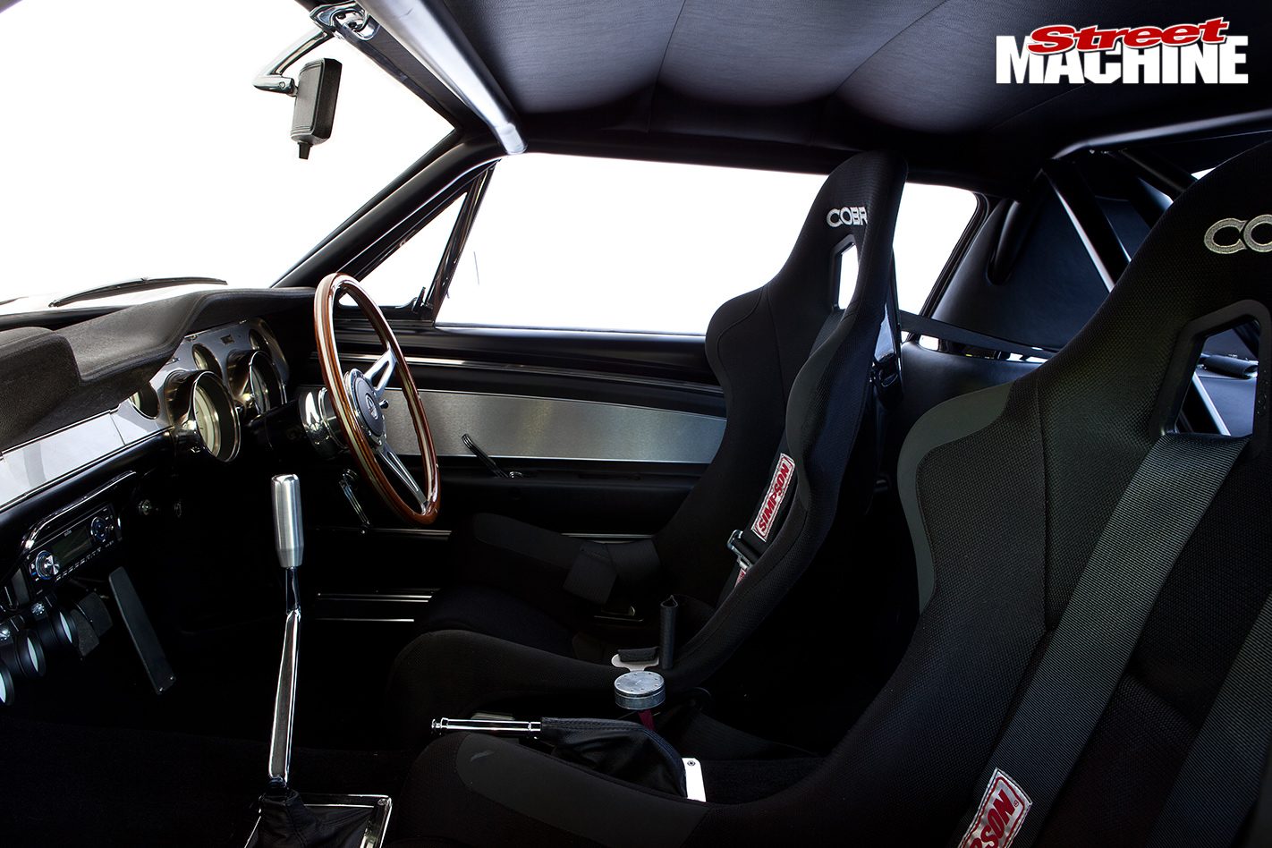 800HP-1967-FORD-MUSTANG-FASTBACK-GT-350-interior