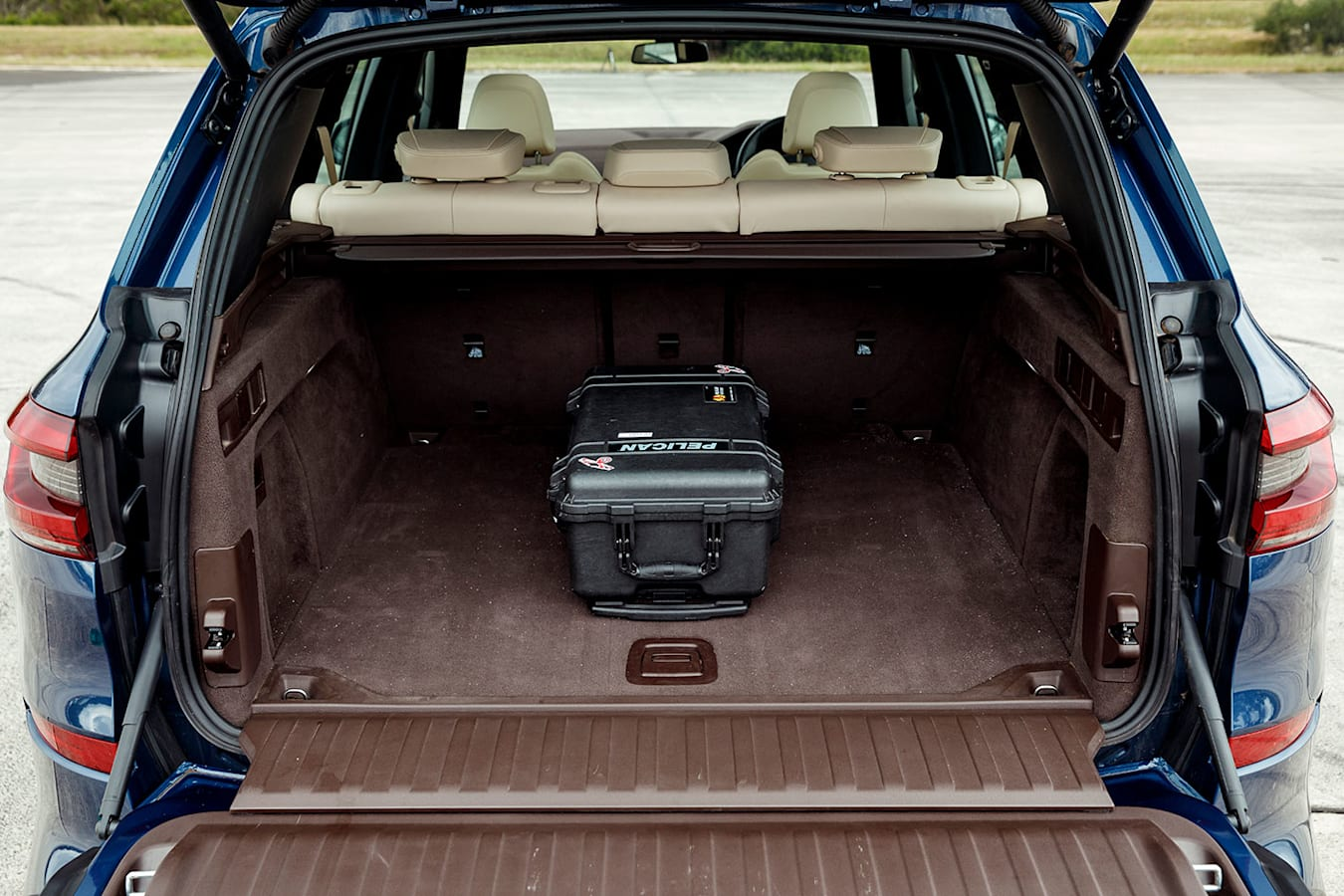 BMW X5 boot space