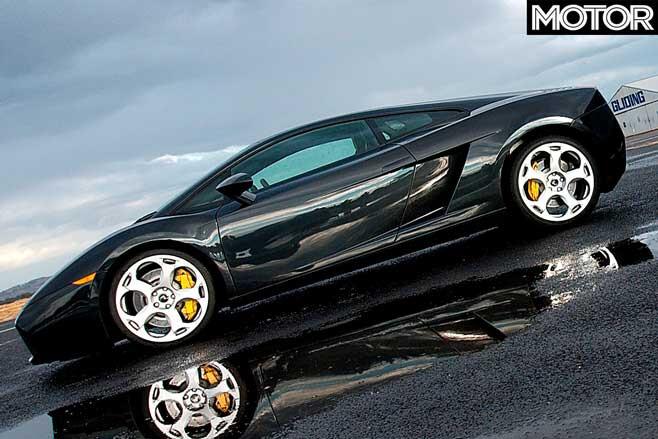 Performance Car Of The Year 2004 Winner Lamborghini Gallardo Side Jpg