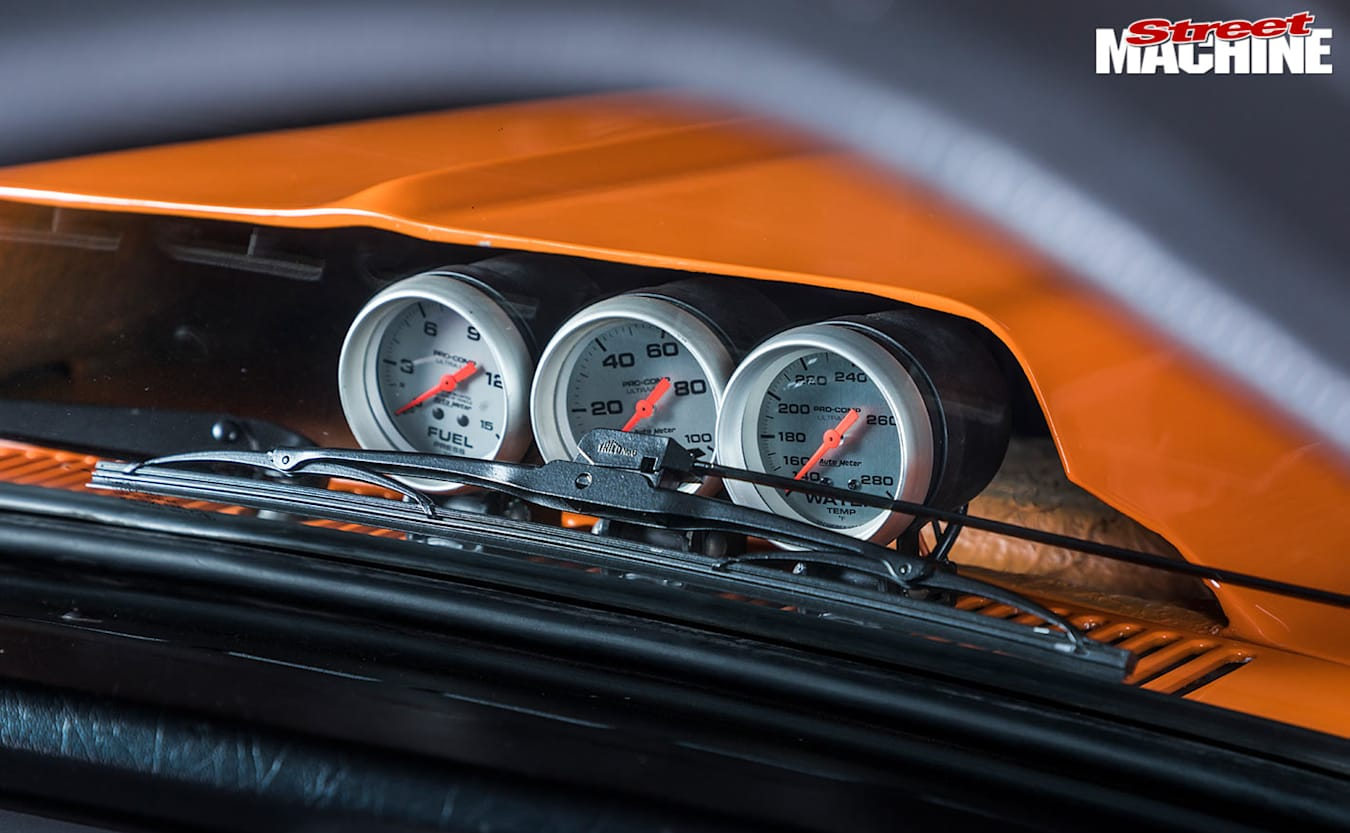 Holden LX Torana hatch gauges