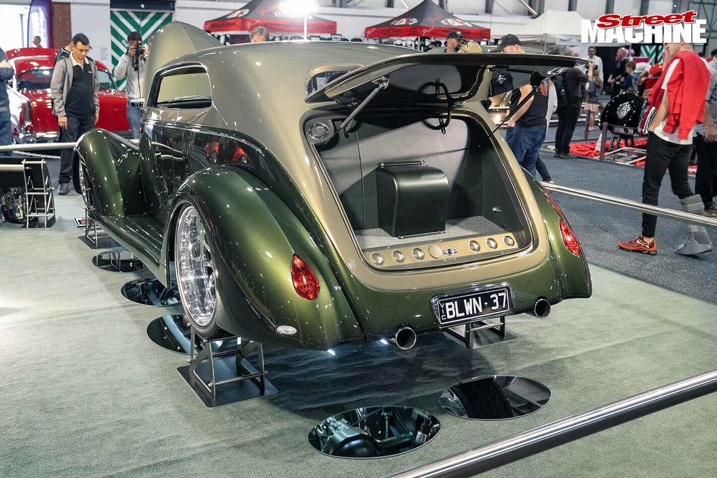 Ford Slamback rear