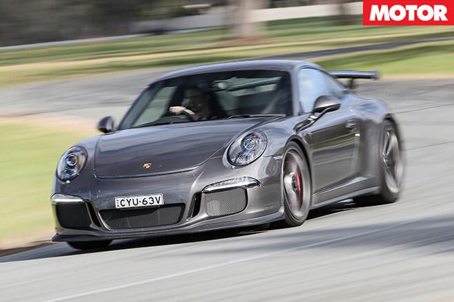 Porsche 911 gt3 driving