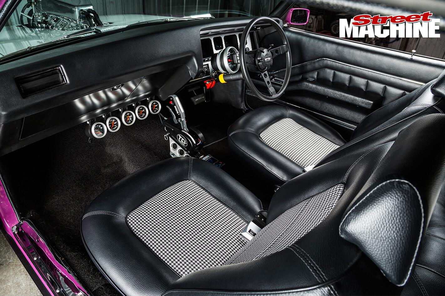 HQ-Monaro -GTS-engine -detail 05