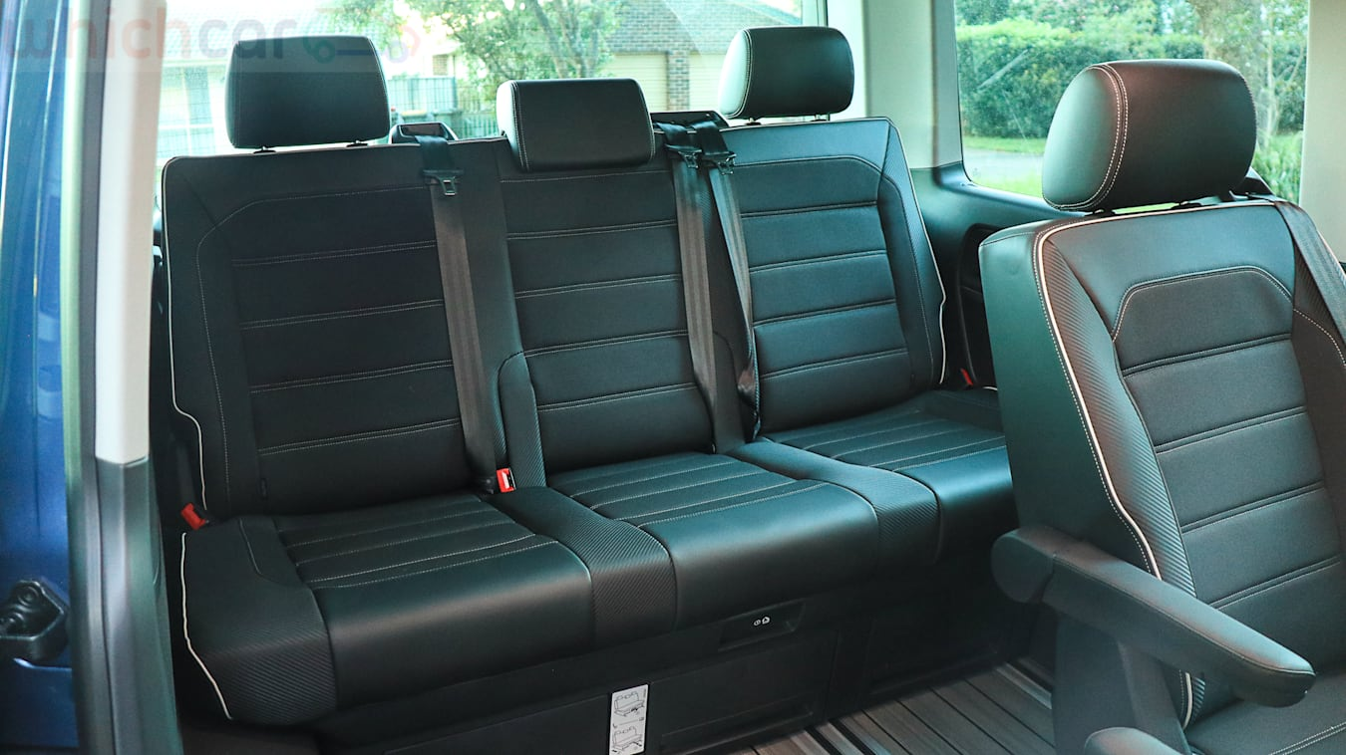 Volkswagen Multivan Black Edition 2019 15 Jpg