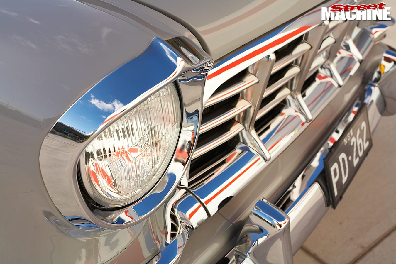 Holden FC grille