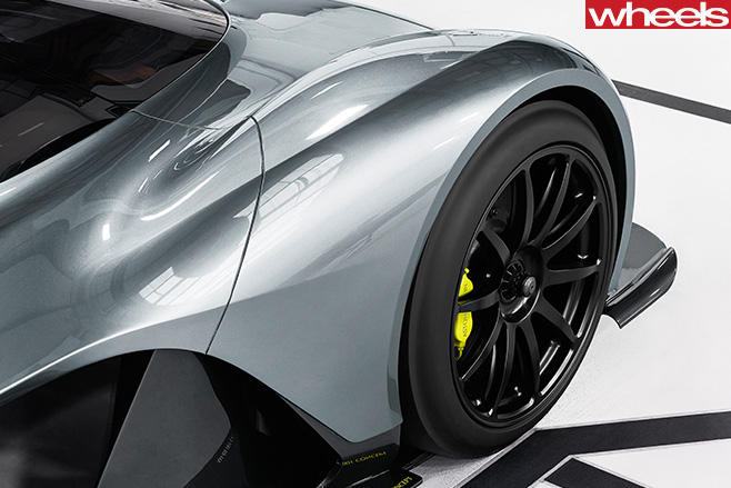Aston Martin Red Bull AM-RB 001 Tyres