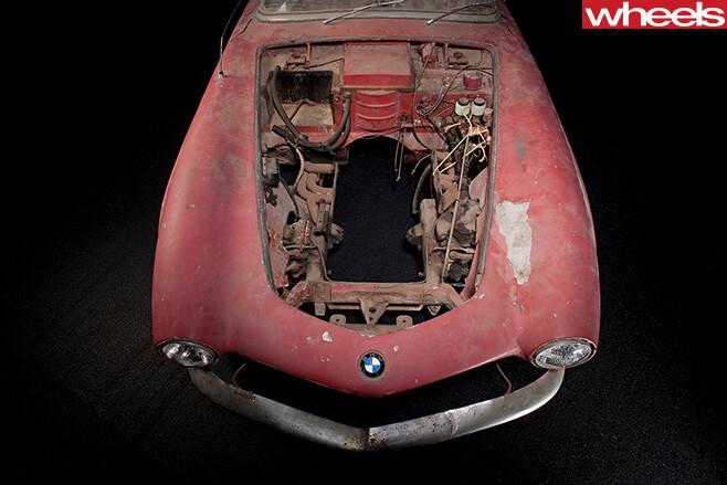 BMW-507-bonnet