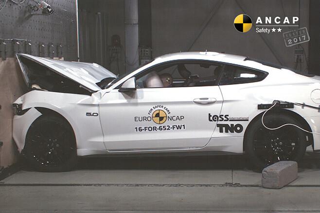 2017-Ford -Mustang -ANCAP-crash -side